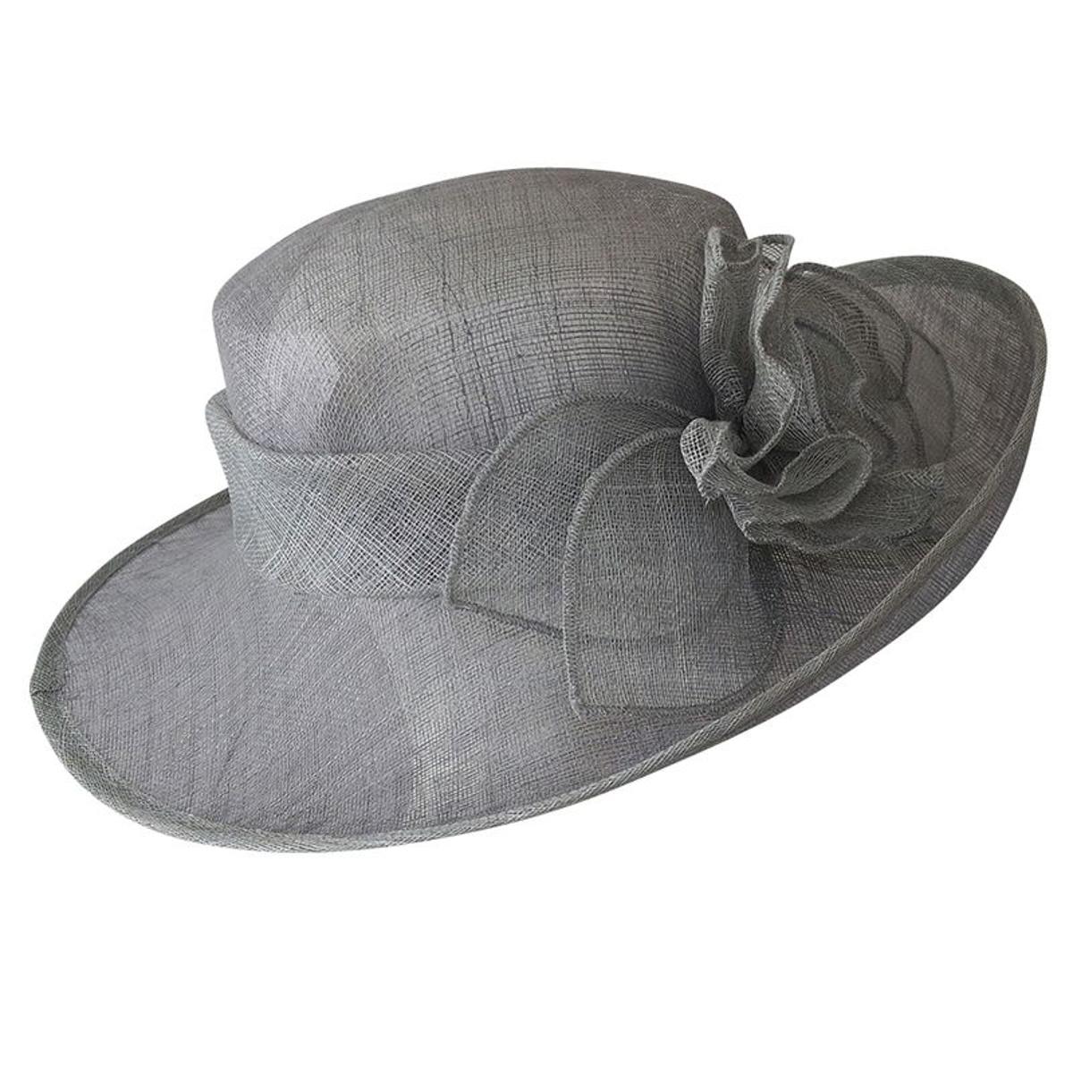 Chapeau de cérémonie