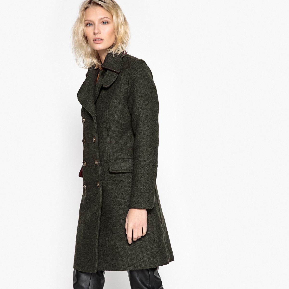 Пальто в стиле милитариДетали •  Длина  : средняя •  Воротник-поло, рубашечный  • Застежка на пуговицыСостав и уход •  44% шерсти, 6% других волокон, 50% полиэстера •  Следуйте советам по уходу, указанным на этикетке   •  Длина  : 91 см<br><br>Цвет: хаки<br>Размер: 42 (FR) - 48 (RUS).46 (FR) - 52 (RUS)