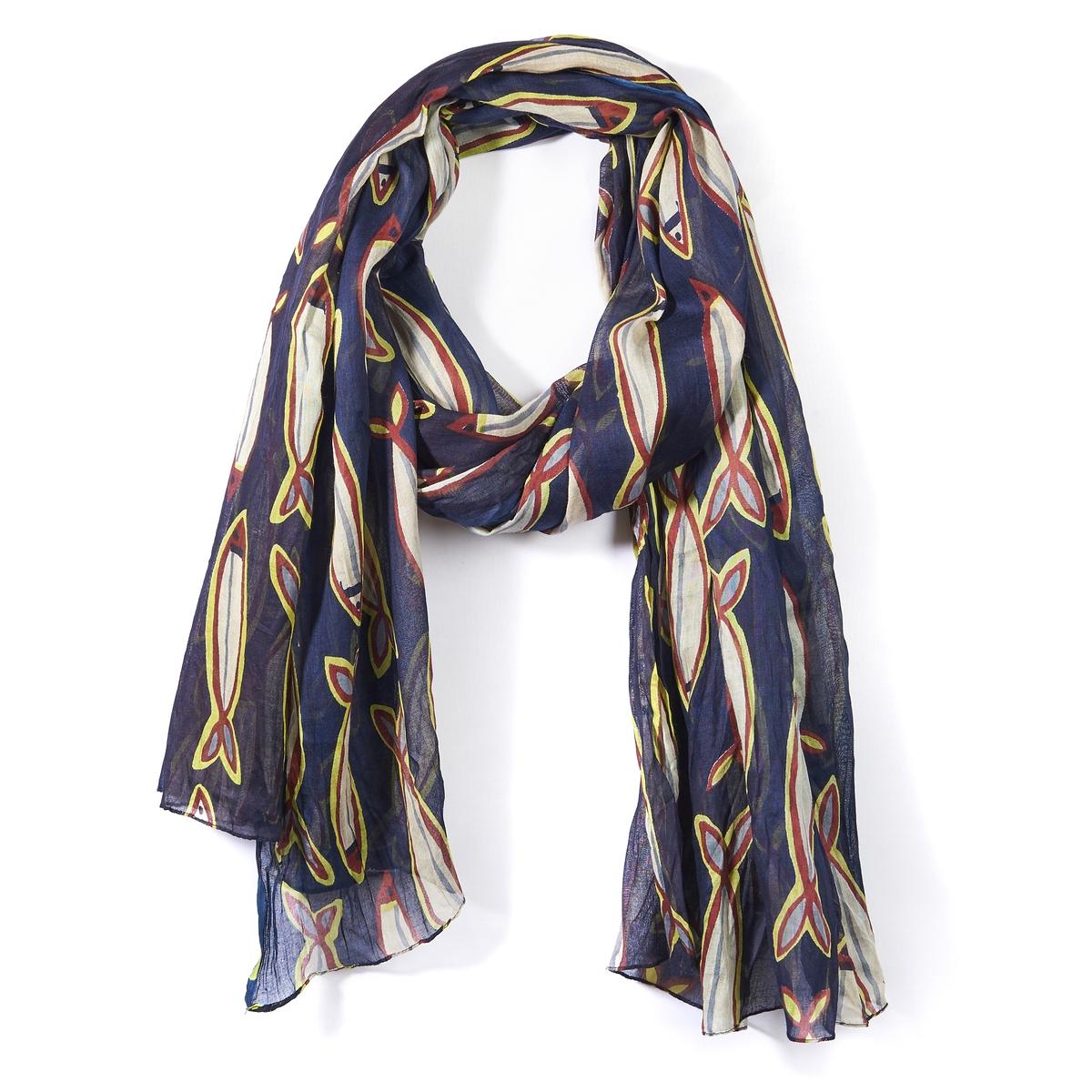 Платок с рисунком рыбкиОписание:Платок с красивым стилизованным принтом рыбки, сочетается с джинсами, пуловером в темно-синюю полоску или изысканным нарядом ! Состав и описание :Материал : полиэстерРазмер : 180 X 110 см<br><br>Цвет: синий