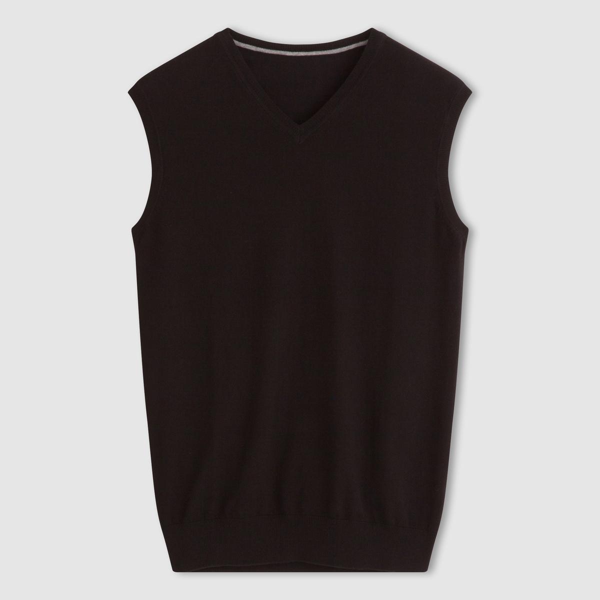 Пуловер с V-образным вырезом, без рукавовПуловер без рукавов, в духе топа. Прямой покрой и V-образный вырез . Низ связан в рубчик. Состав и описаниеМатериал: 80% хлопка, 20% полиамида.Марка: R essentiels.<br><br>Цвет: черный