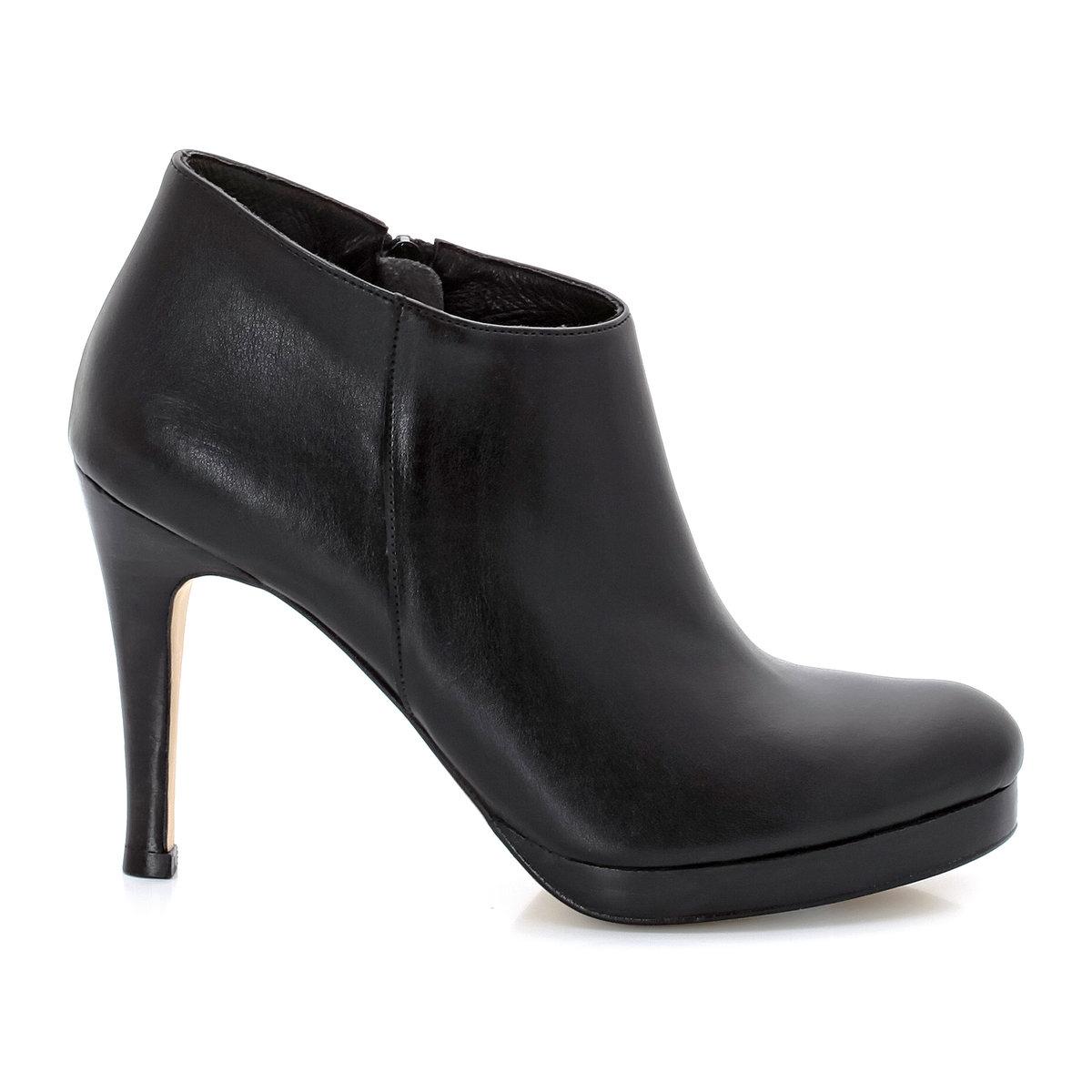 Ботинки низкие на высоких каблуках, с застежками на молниюНизкие ботинки на каблуках - JONAK. Верх :  синтетический материалПодкладка : кожа Стелька : кожа Подошва : эластомер.Застежка   : молнии сбокуВысота каблука : 9 см. Эти низкие ботинки на высоком каблуке под маркой Jonak сделают ваш силуэт женственным и ультра модным!<br><br>Цвет: черный<br>Размер: 40