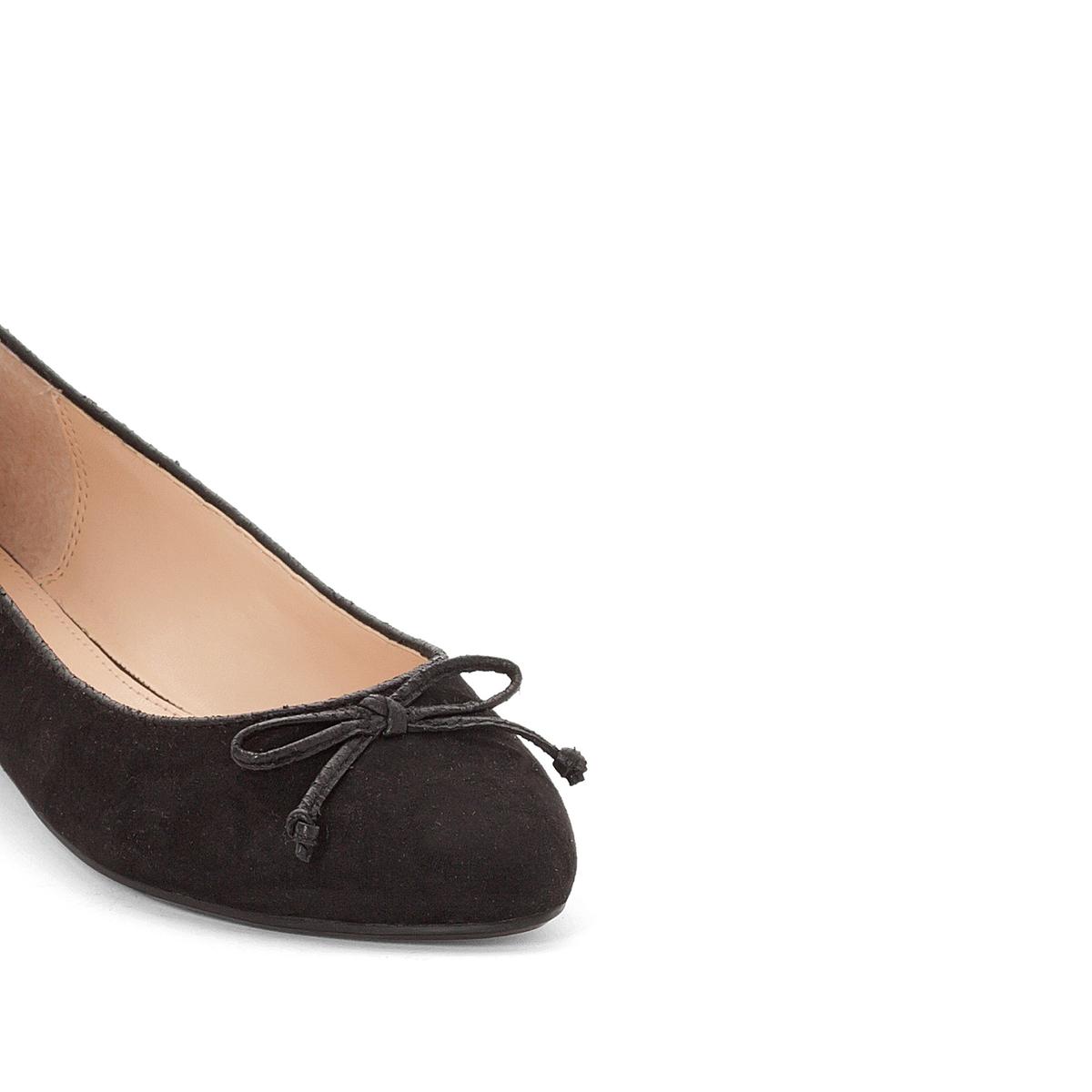 Балетки AquaВерх/Голенище : Полиэстер Стелька : Синтетика  Подошва : Каучук  Высота каблука : 1 см  Форма каблука : Плоский каблук  Мысок : Закругленный  Застежка : Без застежки<br><br>Цвет: черный<br>Размер: 39