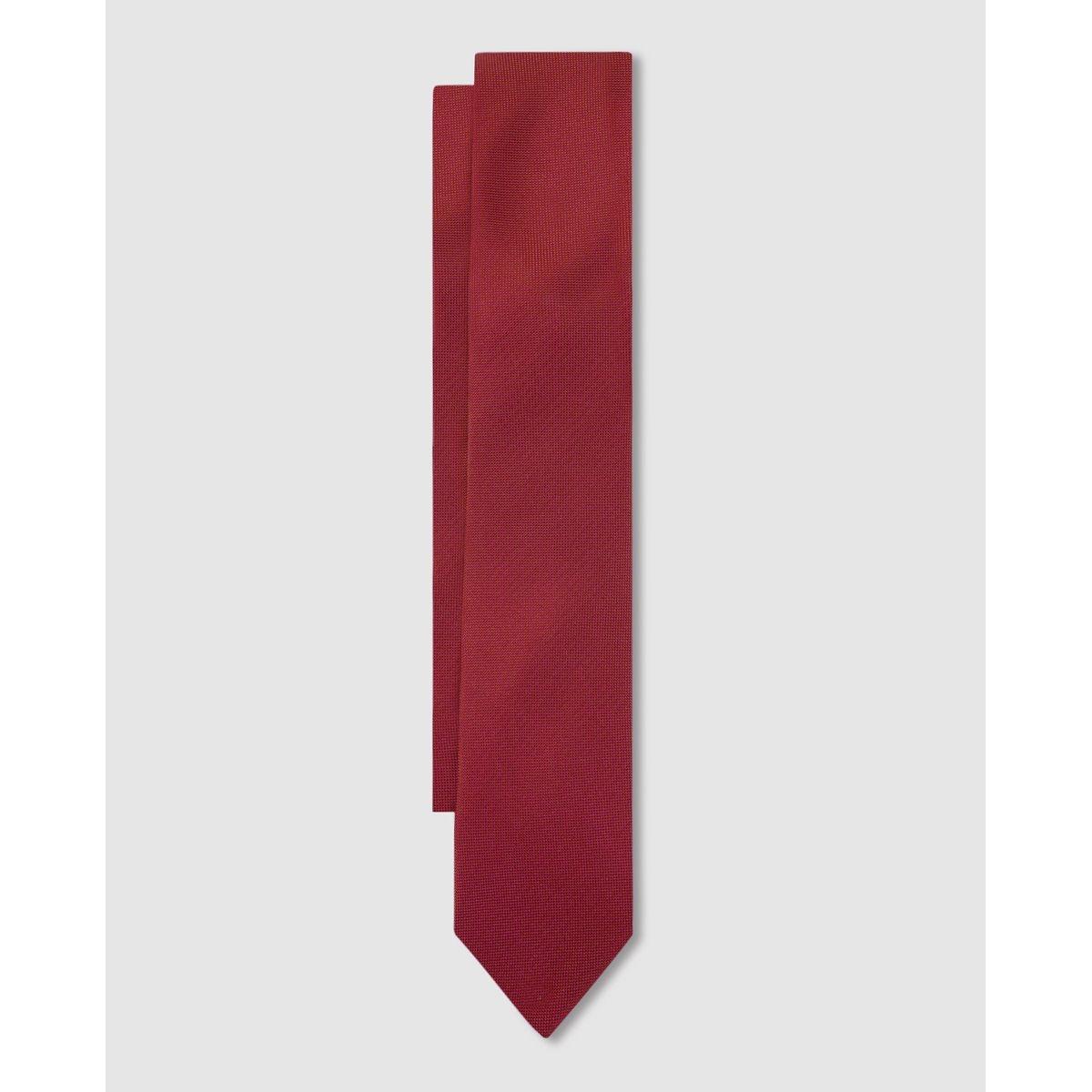 Cravate classique étroite en soie