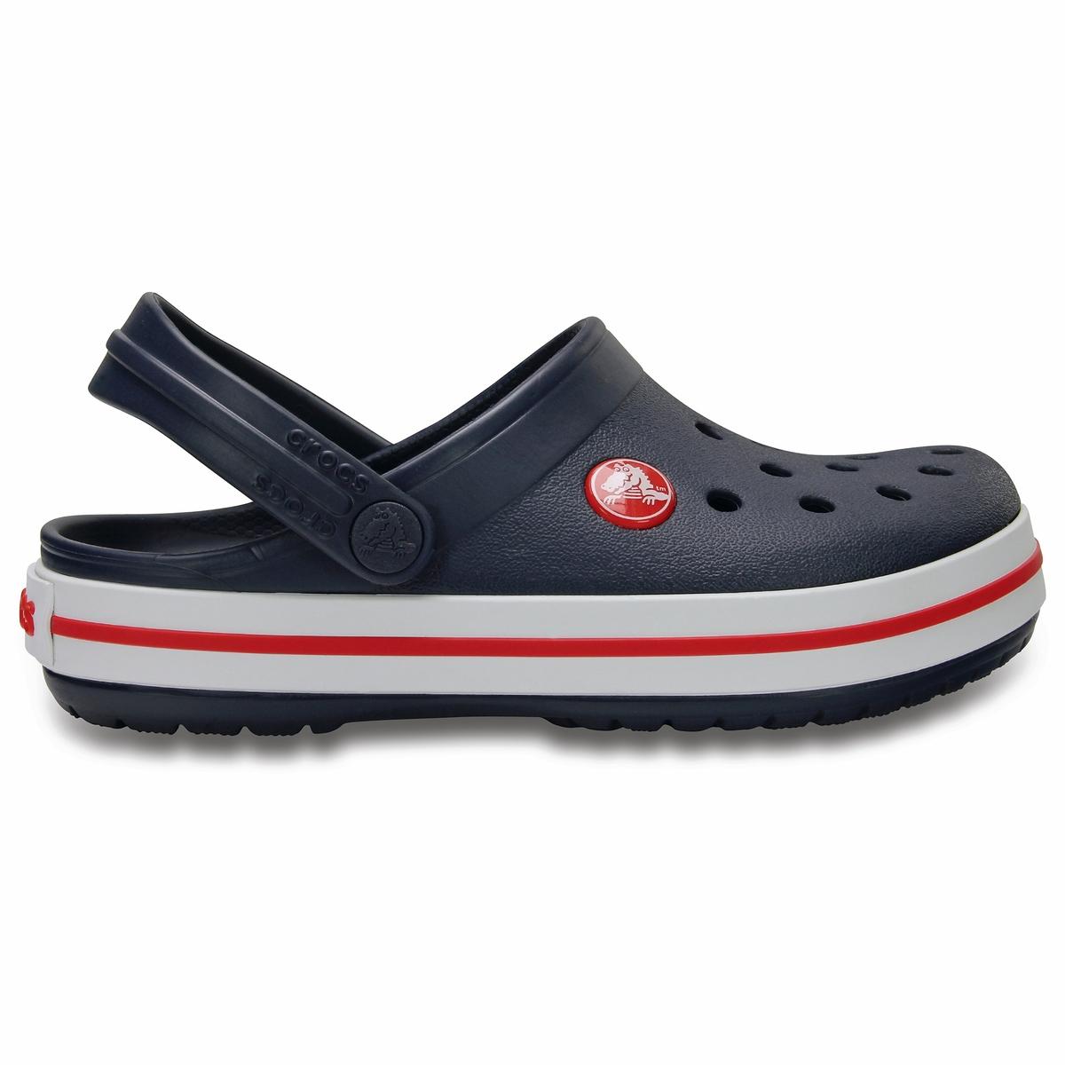 Сабо Crocband Clog KidsОписание:Детали •  Сабо •  Высота каблука : 1,5 см •  Застежка : ремешок/пряжка •  Круглый мысок •  Гладкая отделкаСостав и уход •  Верх 100% синтетический материал •  Подошва 100% синтетический материал<br><br>Цвет: темно-синий