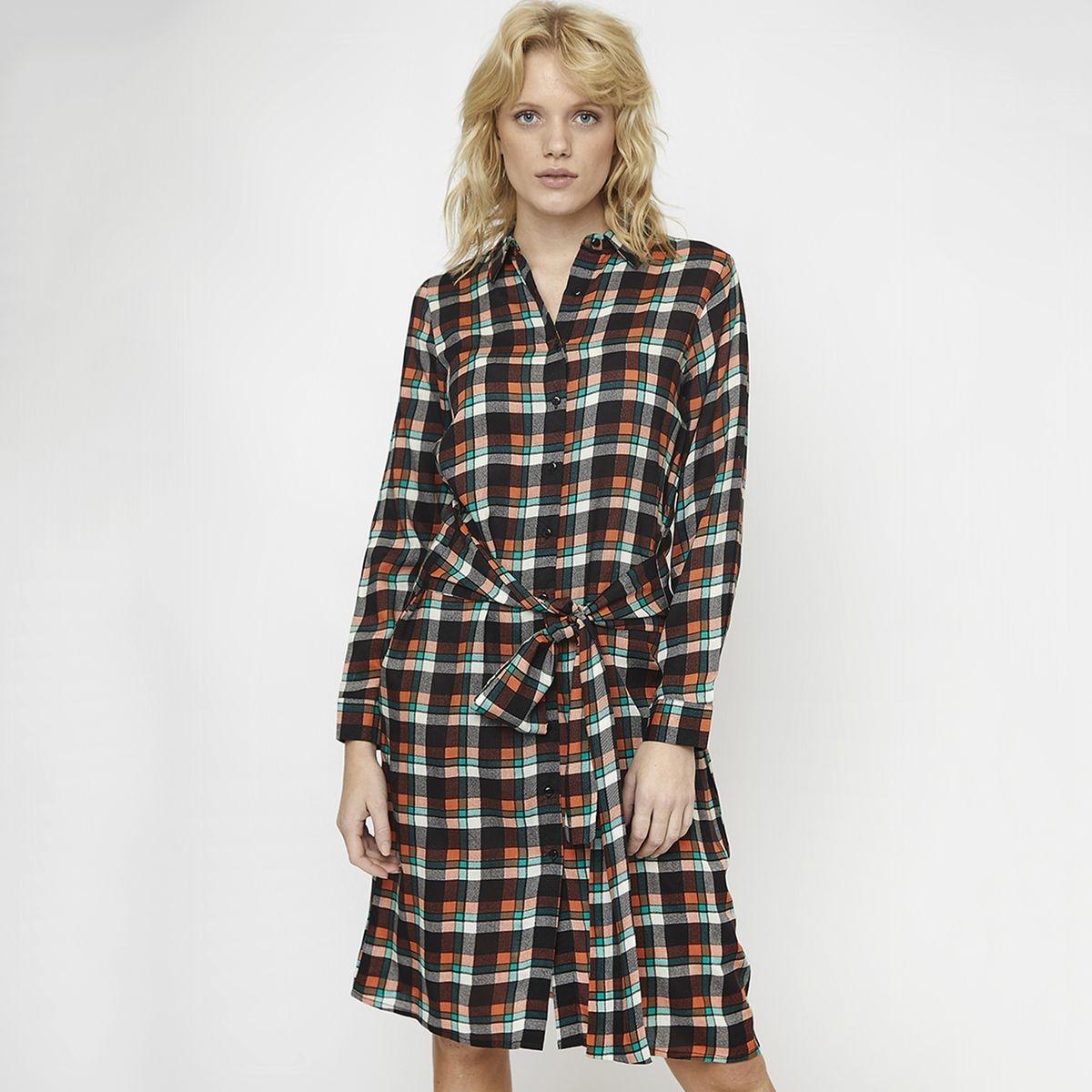 Robe-chemise longueur genou carreaux ceinture