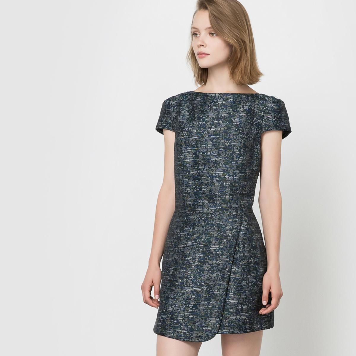 Платье с короткими рукавами, вырез-лодочкаСостав и описаниеМарка : SEE U SOONМатериалы : 50% полиэстера, 50% хлопка. Подкладка 100% хлопка.<br><br>Цвет: синий морской<br>Размер: L