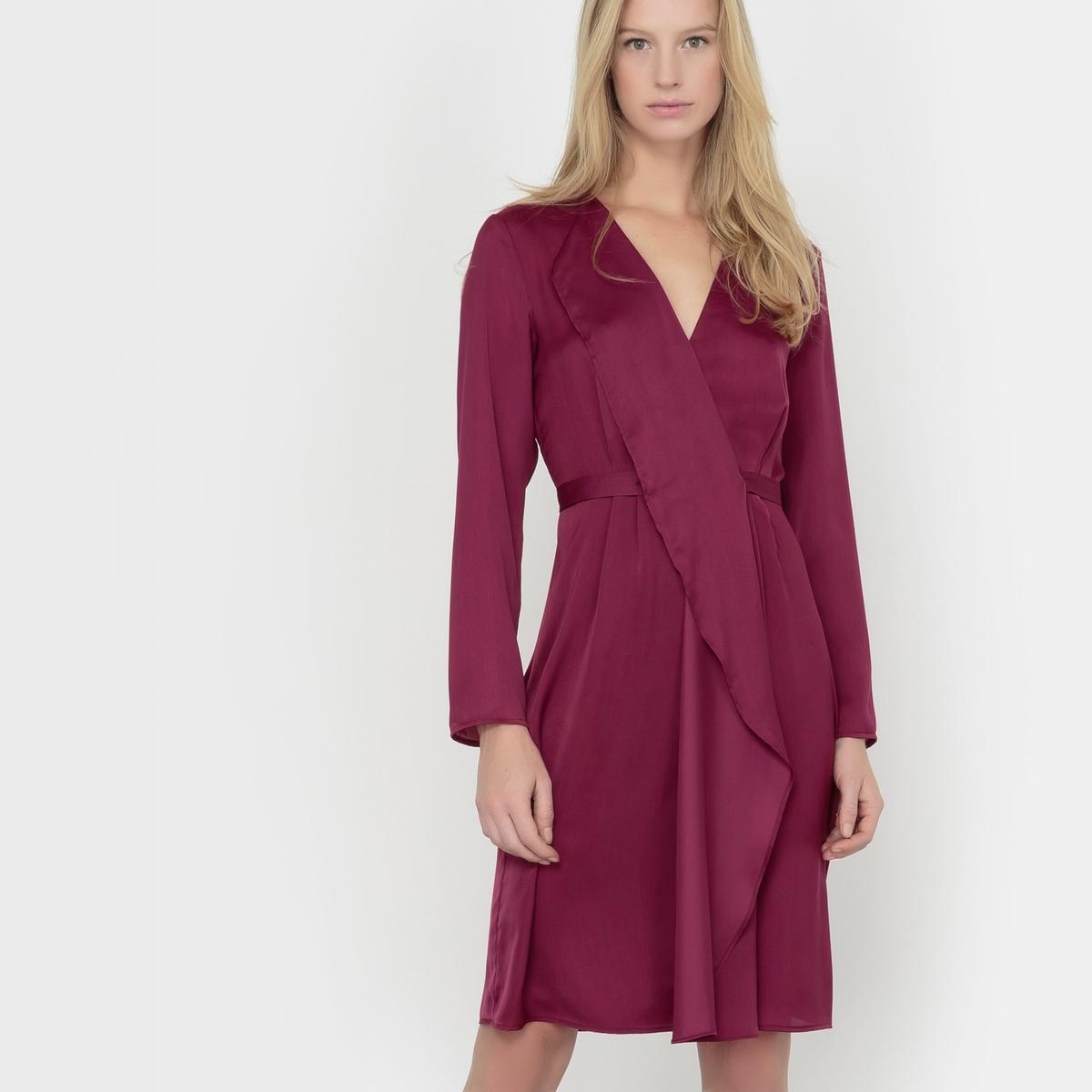 Платье с запахом длинными рукавами