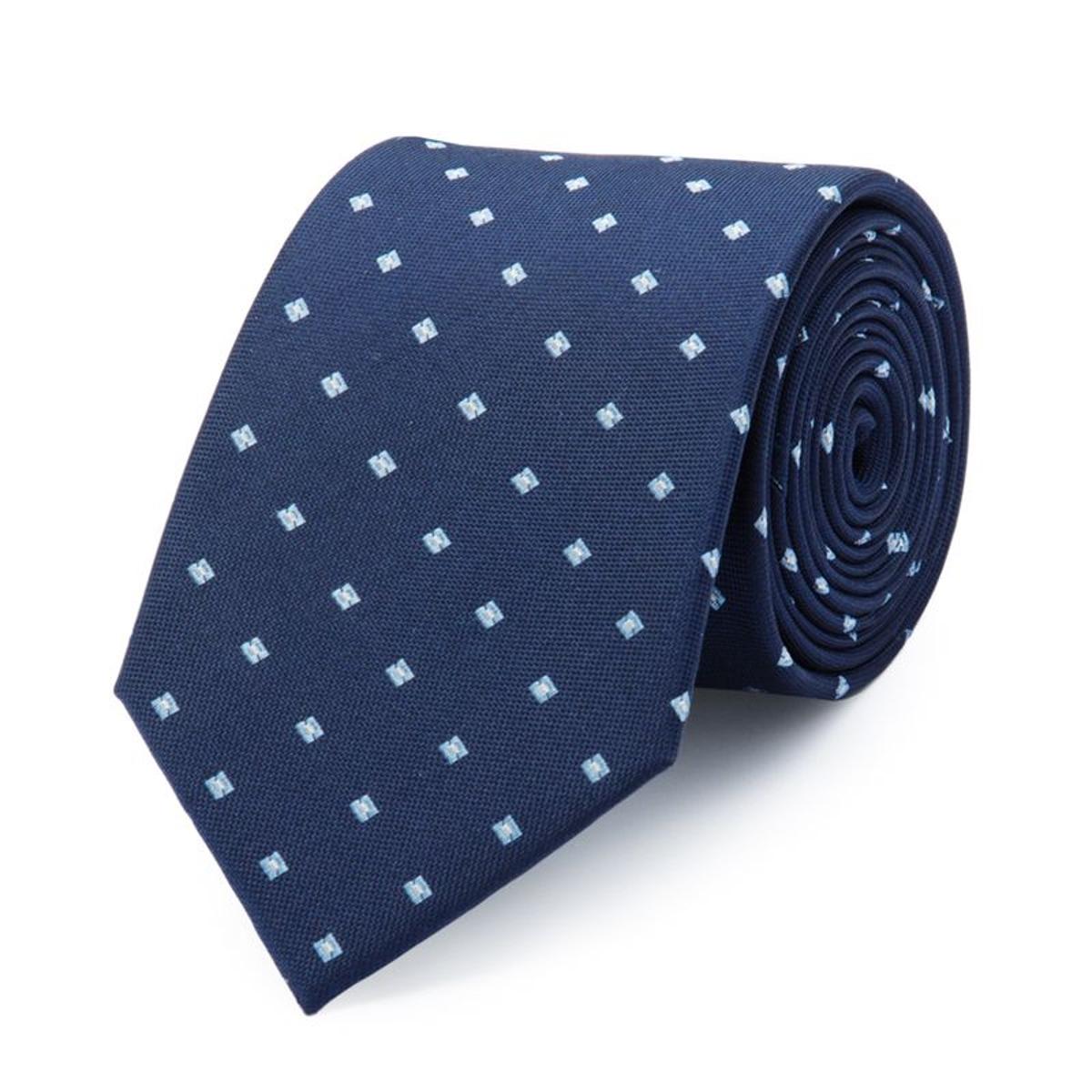 Cravate en pure soie à motifs carrés