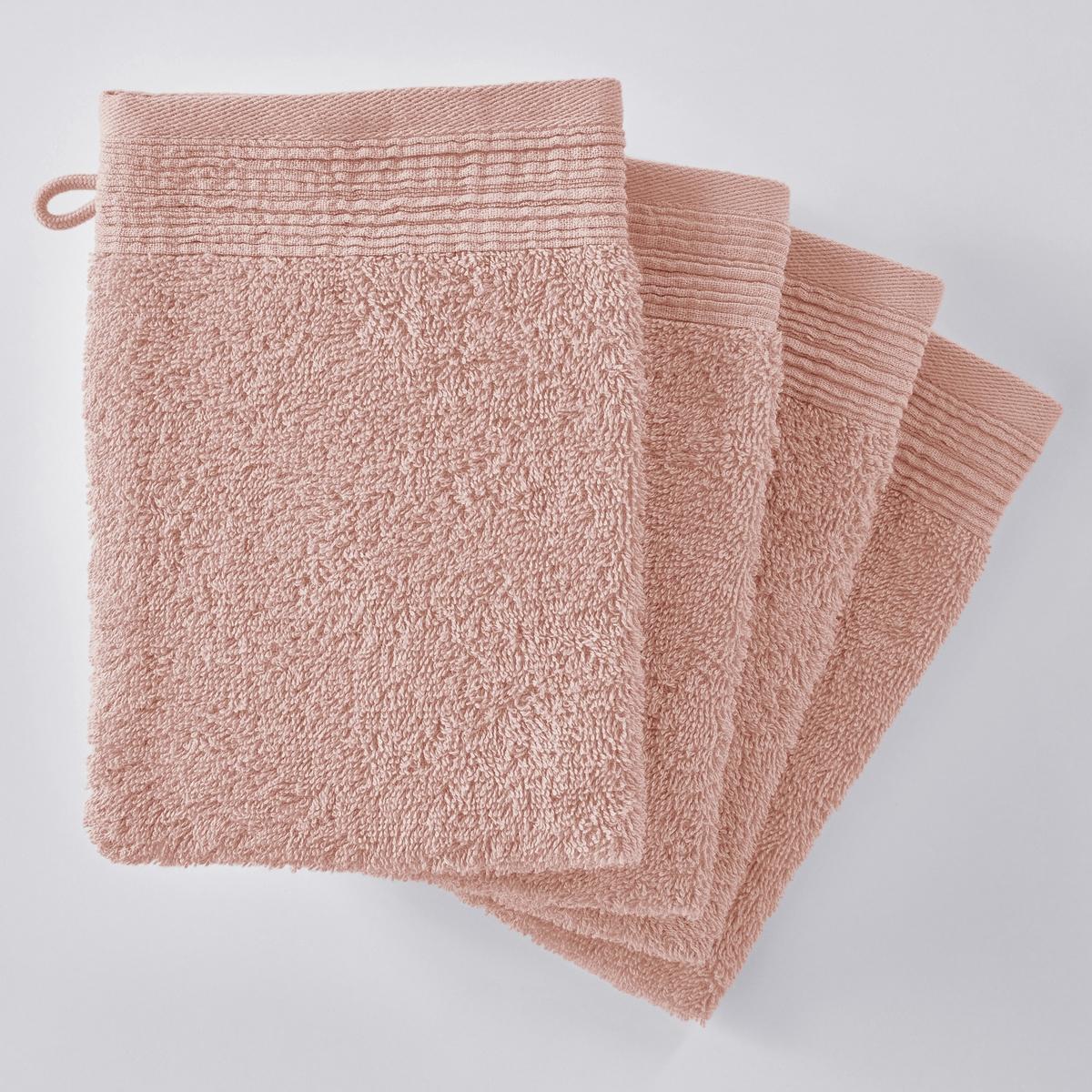Комплект из 4 однотонных махровых банных рукавичек из биохлопкаОписание:Комплект из 4 однотонных махровых банных рукавичек из биохлопка : очень мягкое и приятное наощупь. Биохлопок сохраняет окружающую среду и здоровье людей, возделывающих его.   Характеристики банных рукавичек однотонных из био-хлопка :- Махровая ткань, 100% биохлопок (500 г/м?) отличного качества.- Отделка плиссированной кромкой.- Машинная стирка при 60 °С.- Машинная сушка.- Замечательная износоустойчивость, сохраняет мягкость и яркость окраски после многочисленных стирок.- Размеры одной рукавички : - 15 x 21 см.- В комплекте 4 рукавички.Знак Oeko-Tex® гарантирует, что товары прошли проверку и были изготовлены без применения вредных для здоровья человека веществ.<br><br>Цвет: желтый кукурузный,кирпичный,розовая пудра