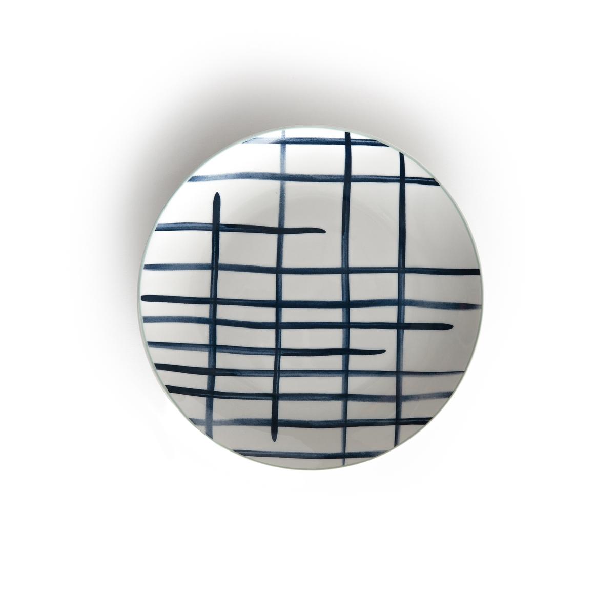 4 тарелки десертные из керамики ECUME4 тарелки десертные из керамики Ecume . Красивое сочетании синих оттенков в морском стиле .Описание 4 плоских тарелок из керамики Ecume:- Из тонкой керамики .- Диаметр 20 см  .- Можно использовать в посудомоечных машинах и микроволновых печах.Плоские тарелки и кружки Ecume продаются на сайте laredoute.ru<br><br>Цвет: синий/наб. рисунок