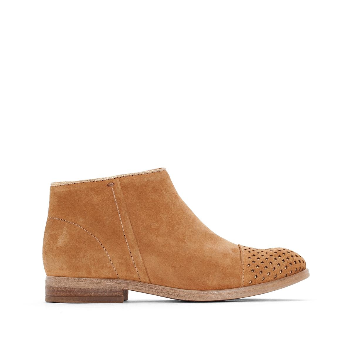 Сапоги кожаные NicoleВерх/Голенище: кожа.  Подкладка: кожа.  Стелька: кожа.  Подошва: резина.Высота каблука: 2 см.Форма каблука: плоский каблук.Мысок: закругленный.Застежка: на молнию.<br><br>Цвет: темно-бежевый