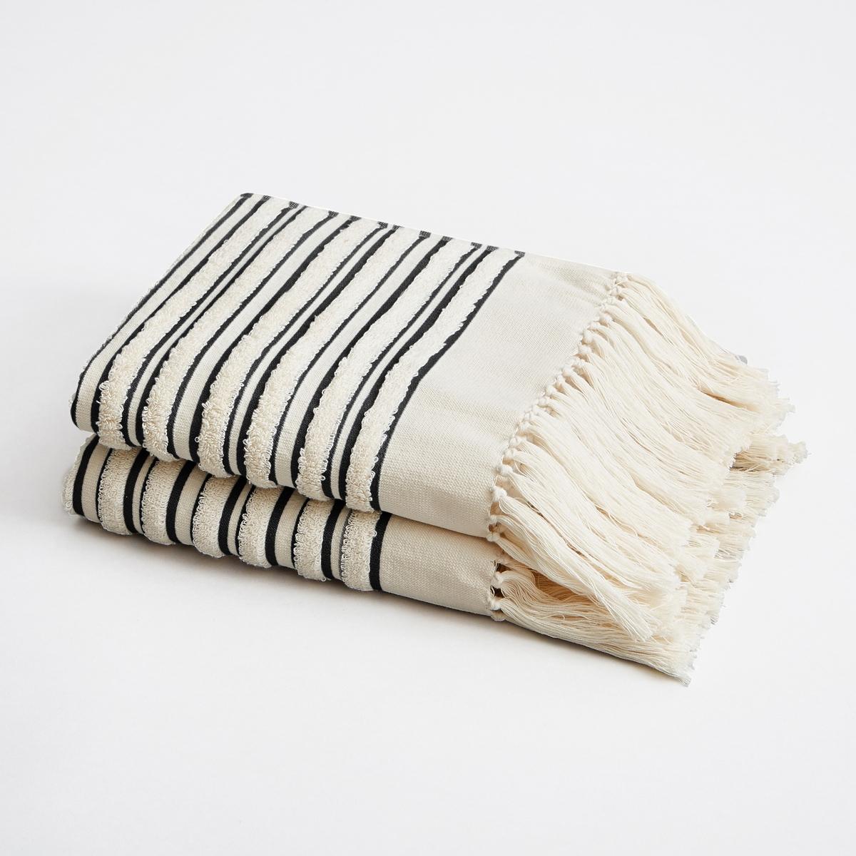 Полотенце  Kupigwa By V. Barkowski (x2)Материал :- Махровая ткань букле из 100% хлопка, 580 г/м?.- Горизонтальные полосы из окрашенной ткани .Отделка :- Отделка бахромой с узелками.Уход: :- Машинная стирка при 40 °С.Размеры : - 50 x 100 см<br><br>Цвет: серый,черный,ягодный потертый<br>Размер: комплект из 2.комплект из 2
