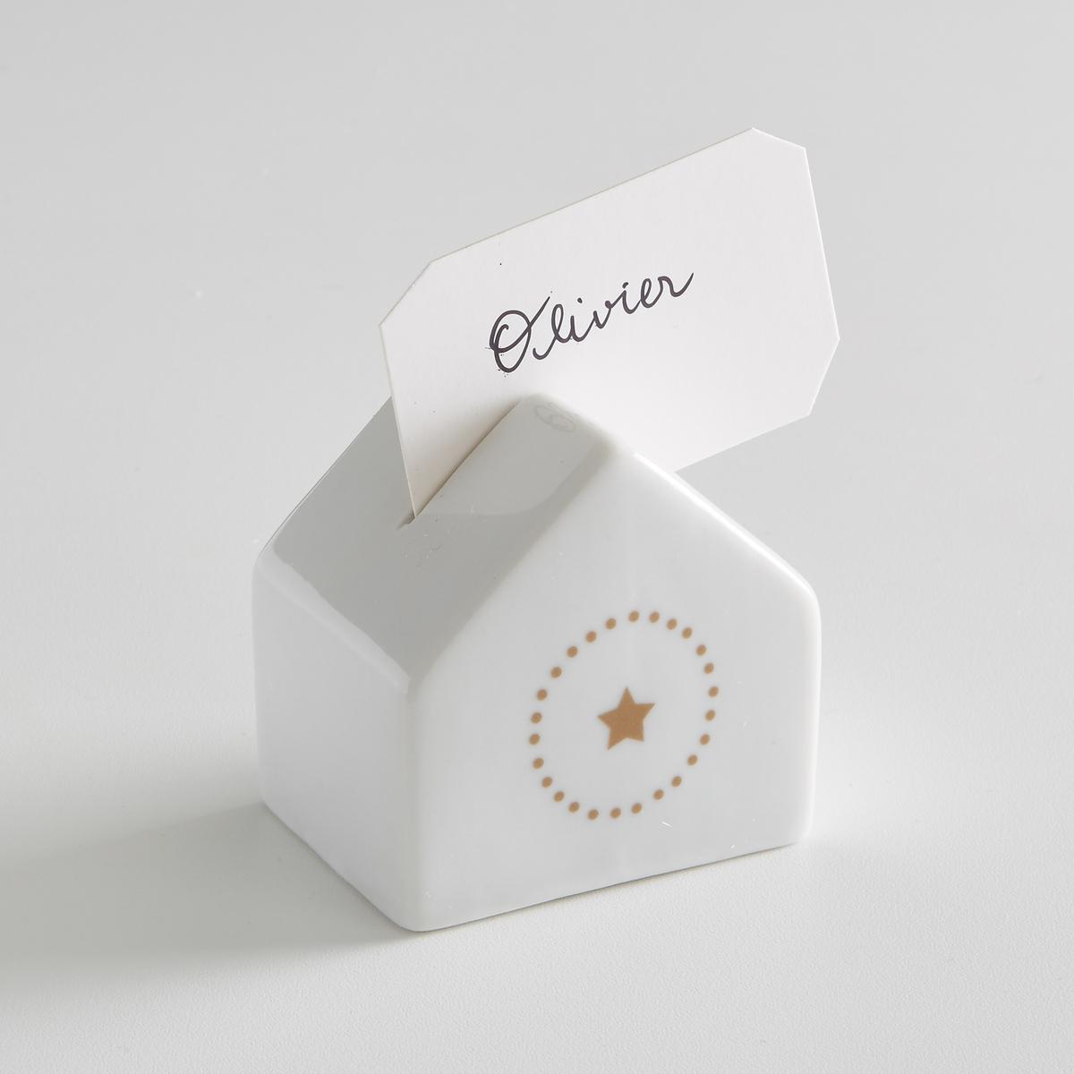 Комплект из 4 фарфоровых подставок для карточек, KUBLERОписание:Набор из 4 табличек белых La redoute Int?rieurs  . Благородный фарфор в сочетании с оригинальными рисунками создают невероятно модный столовый аксессуар. Рисунок звезда сбоку с принтом в горошек вокруг. Этикетка для вставки.Характеристики 4 именных табличек   : •  Комплект из 4 фарфоровых подставок для карточек •  Размер : 6 x 4,5 x 6,2 см •  В комплекте 4 подставкиНайдите всю коллекцию Kubler на нашем сайте laredoute.ru<br><br>Цвет: белый<br>Размер: единый размер