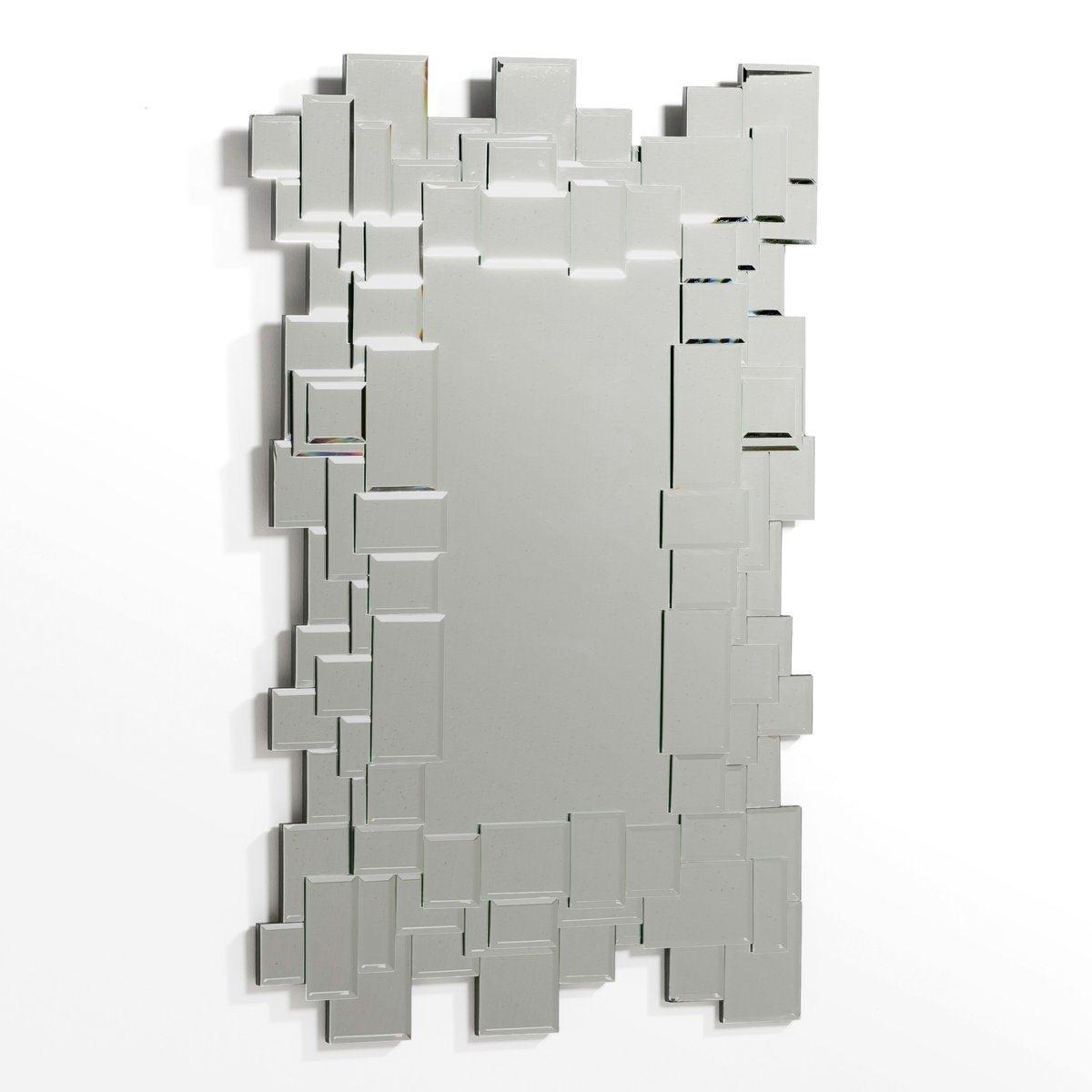 Зеркало Д50 x В80 см, HamletЗеркало Hamlet. Контурная отделка из цветной зеркальной мозаики, великолепный визуальный эффект, создающи игру световых бликов. Зеркальное стекло, задник из МДФ. Размеры  : Шир..50 x Г.1,3 x В.80 см.<br><br>Цвет: безцветный