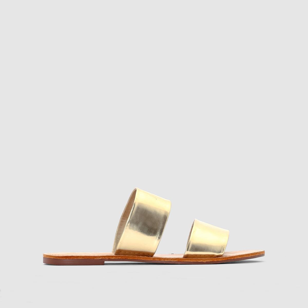 СандалииСандалии МИНИ-ЦЕНАВерх: синтетика.Подкладка: синтетика.Стелька: синтетика. Подошва: из эластомера.<br><br>Цвет: золотистый
