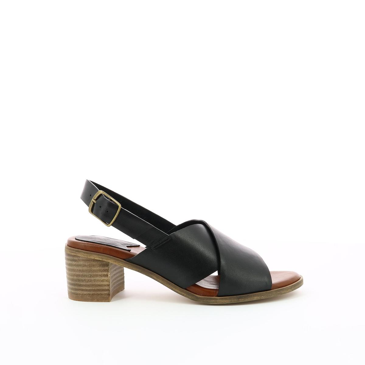 Imagen principal de producto de Sandalias de piel Victoriane - Kickers