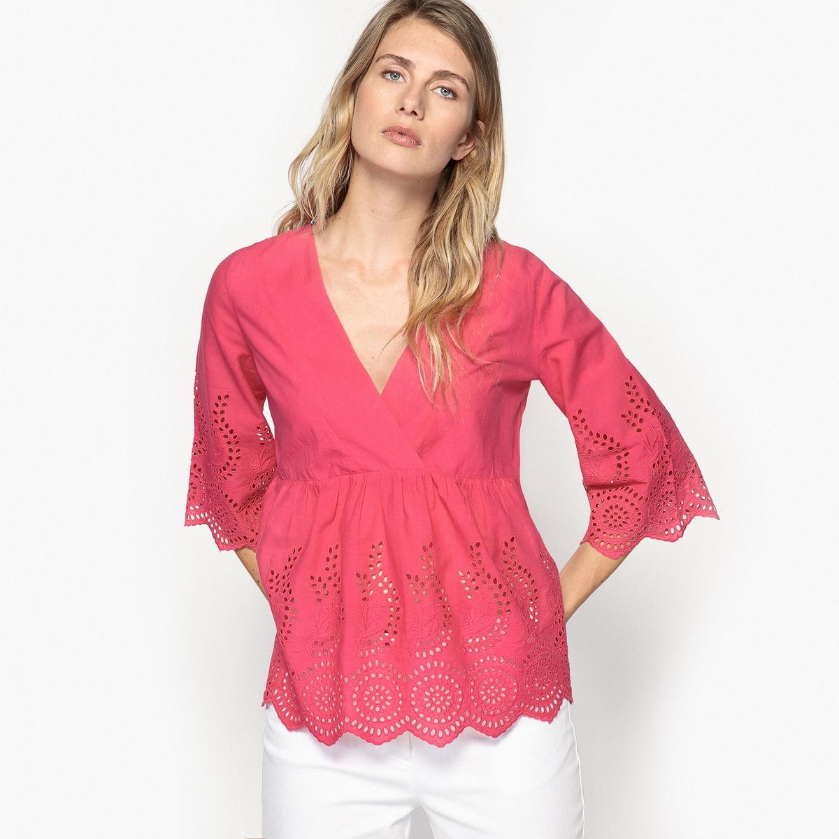 Блузка с английской вышивкой и рукавами 3/4Описание:Выбирайте эту блузку с английской вышивкой. V-образный вырез с запахом, эффект каш-кер. Отрезная деталь под грудью спереди и сзади. Отделка фестонами.Детали •  Рукава 3/4 •  Прямой покрой •   V-образный вырезСостав и уход •  100% хлопок •  Следуйте рекомендациям по уходу, указанным на этикетке изделия •  Длина 62 см<br><br>Цвет: белый,фуксия