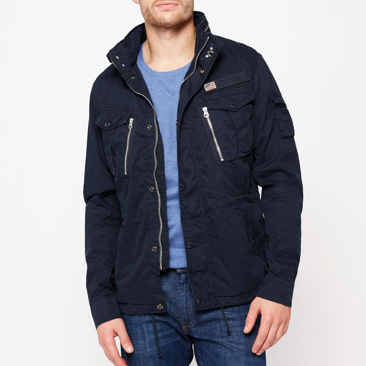 Куртка в стиле милитари SquadКуртка в стиле милитари Squad, 100% хлопок   Супатная застежка на молнию и кнопки   Капюшон интегрирован в воротник   Спереди : 4 кармана с клапанами. 1 маленький кармашек с клапаном на рукаве   Внутренний карман   Пояс на кулиске<br><br>Цвет: темно-синий,черный<br>Размер: M.XL