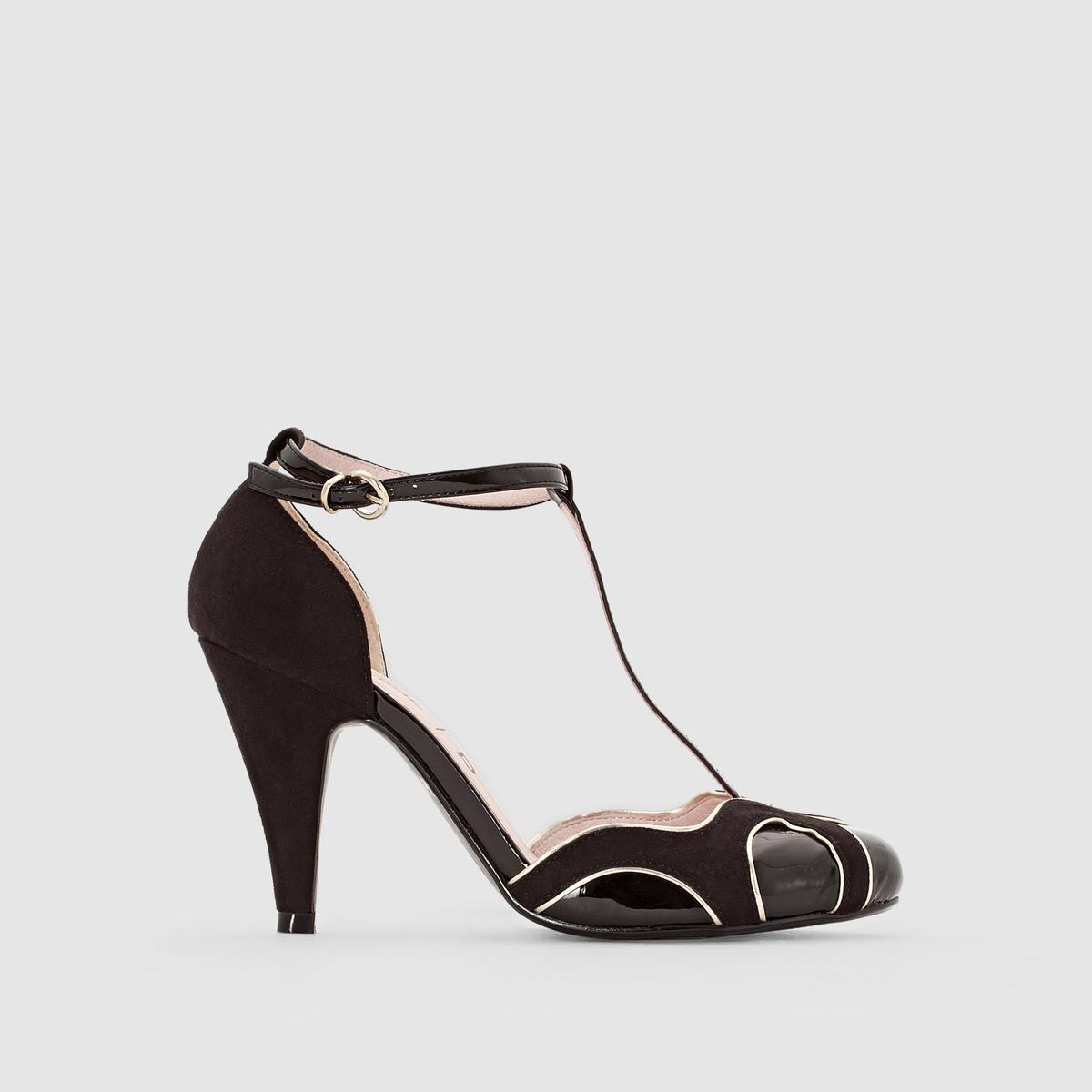 ТуфлиТуфли, Mademoiselle RВерх : синтетикаПодкладка : кожаСтелька : кожаПодошва : из эластомераВысота каблука  : 9 смФорма каблука : тонкийМысок : закругленныйЗастежка : ремешок<br><br>Цвет: черный
