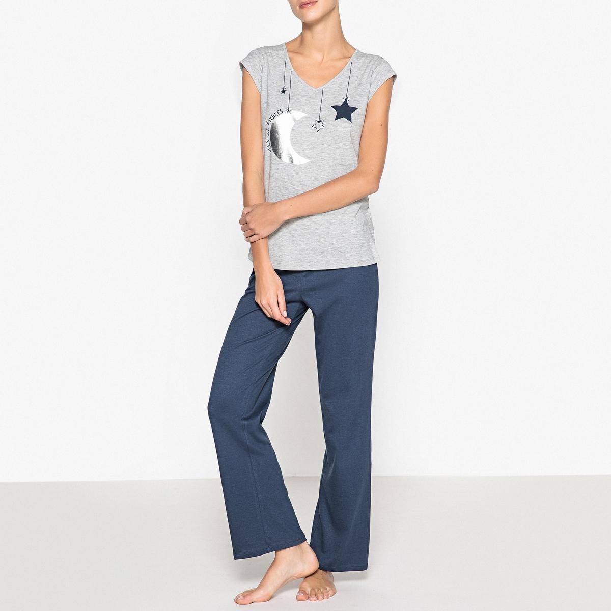 Пижама с рисункомСтильная и комфортная пижама. Верх с короткими рукавами и V-образным вырезом: очень уютный!Состав и описаниеПижама прямого покроя, верх с короткими рукавами с небольшими отворотами и  V-образным вырезом.Брюки с эластичным поясом Материал : 95% хлопка, 5% вискозыРазмеры :Топ : 65 смДлина по внутр.шву : 76 смУход : Стирать с вещами схожих цветов..Стирать, сушить и гладить с изнаночной стороны.<br><br>Цвет: темно-синий/серый меланж<br>Размер: 34/36 (FR) - 40/42 (RUS)