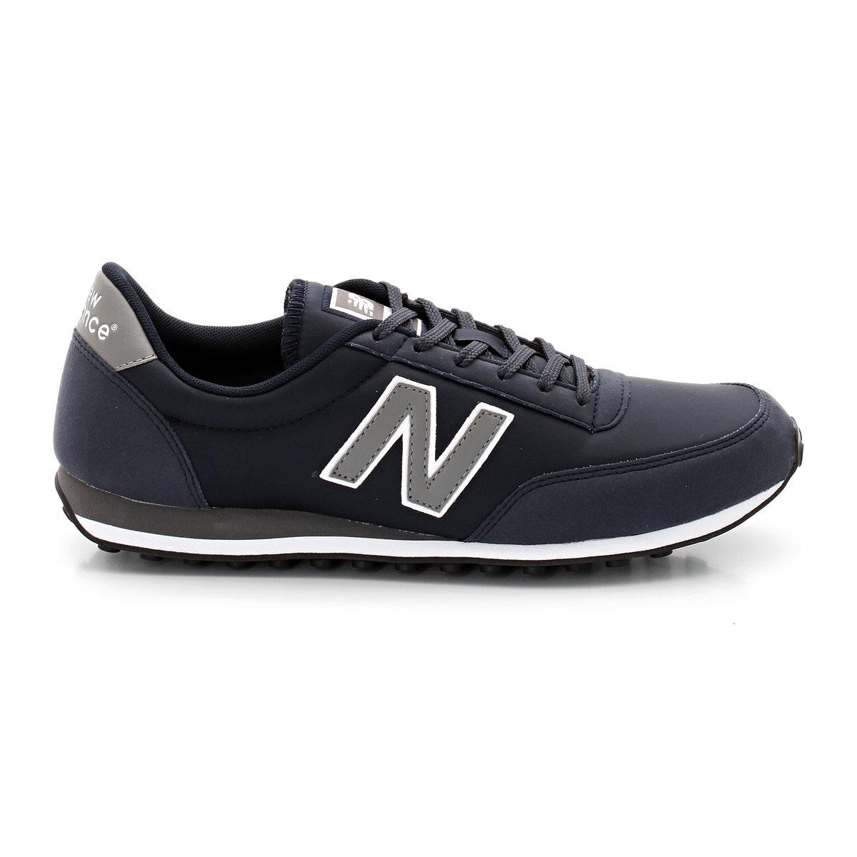 Кроссовки низкие NEW BALANCE U410CBНизкие кросовки NEW BALANCE U410CB Подкладка: текстиль Подошва: синтетика. Стелька: текстиль Верх: микрофибра + нейлон Застёжка: шнуровка<br><br>Цвет: темно-синий