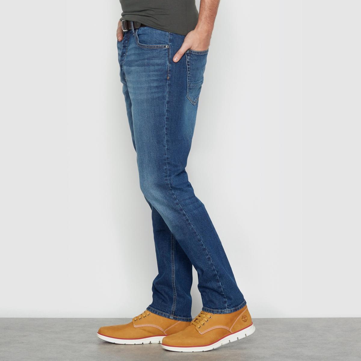 Джинсы скинниДжинсы скинни зауженного покроя, 5 карманов . Застежка на молнию и пуговицу. Деним 98% хлопка, 2%  эластана .<br><br>Цвет: голубой