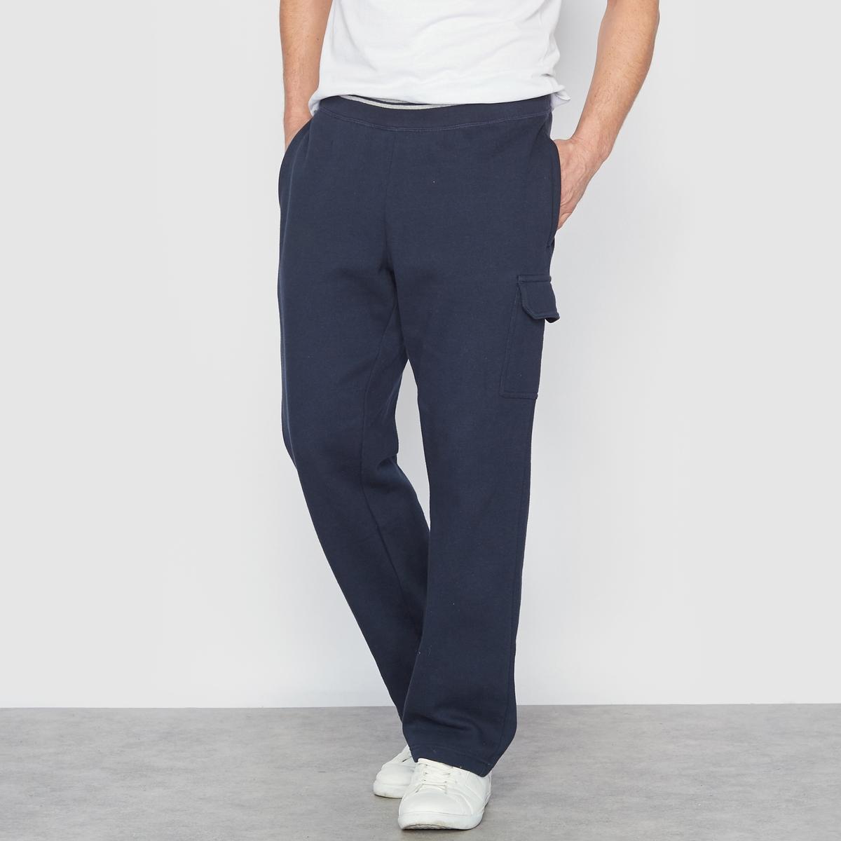 Брюки спортивные из мольтонаLa Redoute<br>Спортивные брюки из мольтона. Пояс в рубчик с полосками. 1 накладной карман на левой брючине. 2 кармана в боковых швах. Из мольтона, 55% хлопка, 45% полиэстера. Знак Oeko-Tex*.- Длина по внутр.шву : 72-77 см, в зависимости от размера. - Ширина по низу : 23-28 см, в зависимости от размера. *Международный знак Oeko-Tex гарантирует отсутствие вредных или раздражающих кожу веществ<br><br>Цвет: темно-серый меланж,темно-синий<br>Размер: 46/48.58/60.74/76.82/84.58/60.74/76.82/84