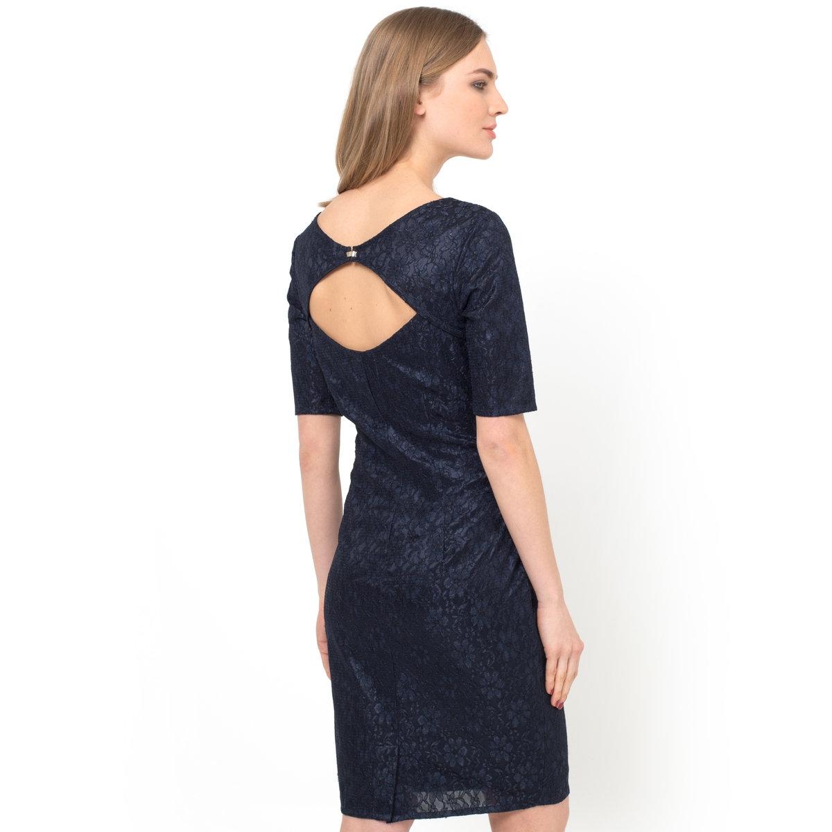 Платье прямое кружевное
