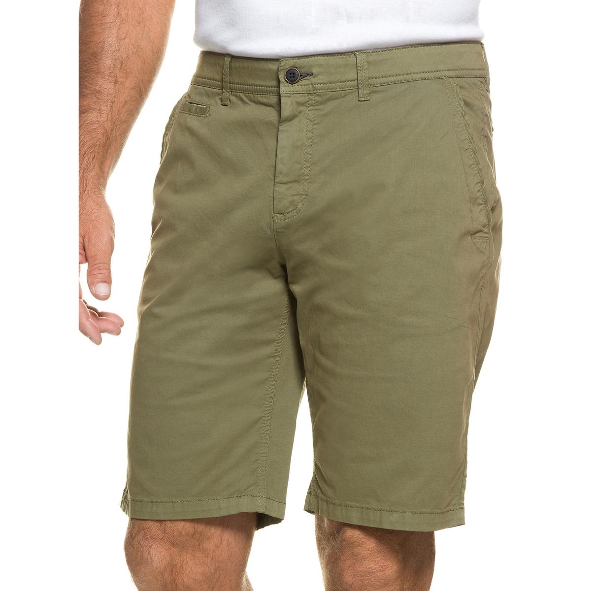 БермудыБермуды-чино из тонкой летней ткани JP1880. Комфортный покрой из ткани стретч с 4 карманами, пояс со шлевками, застежка на молнию и пуговицу. Стандартная талия, комфортная ширина на бедрах и брючин, стандартная ширина на щиколотках. 98% хлопка, 2% эластана. Длина по внутр.шву. 26-26,75 см<br><br>Цвет: оливковый