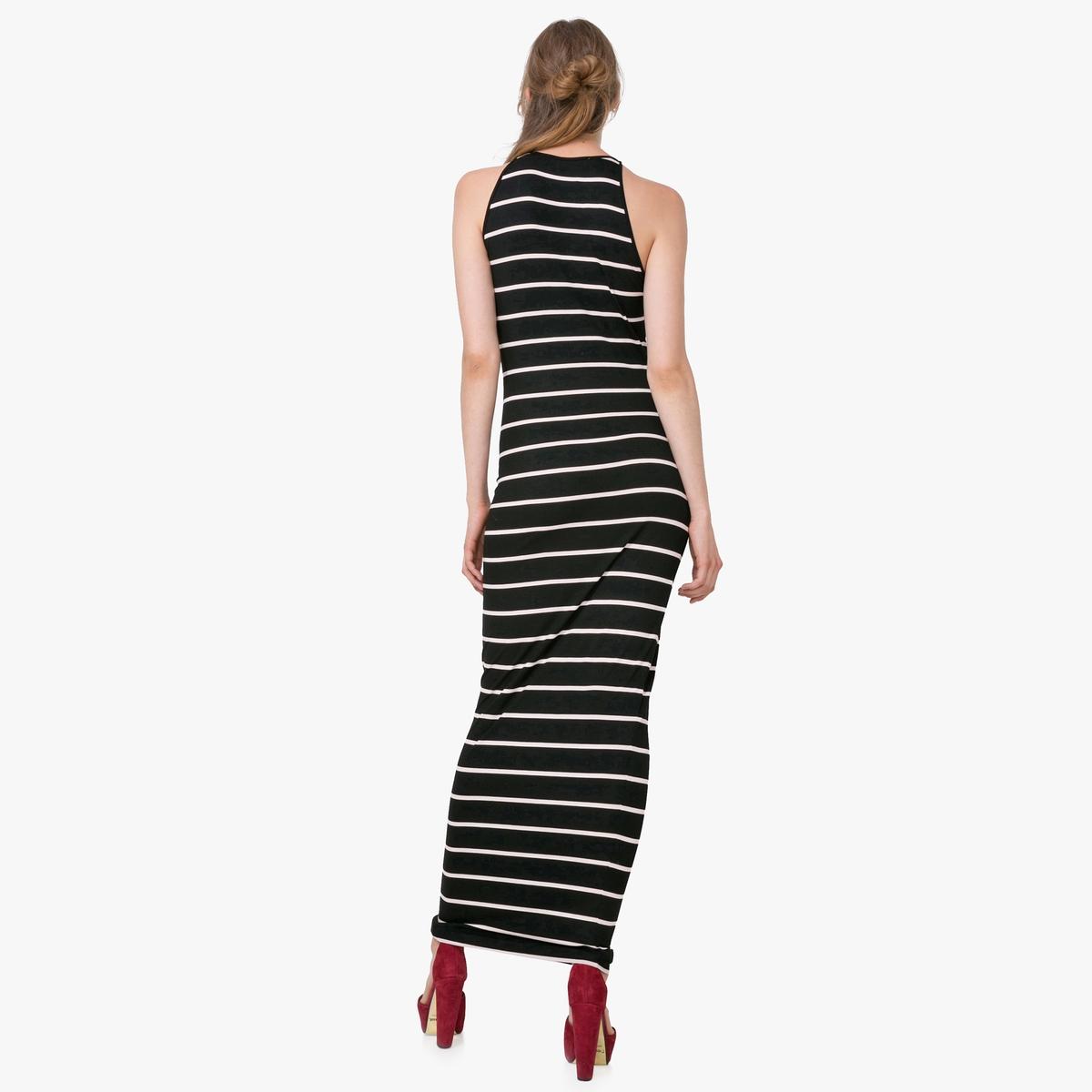 Платье длинное без рукавов с рисунком в полоскуМатериал : 92% вискозы, 8% эластана  Длина рукава : без рукавов  Форма воротника : круглый вырез Покрой платья : длинное платье Рисунок : в полоску   Длина платья : длинное<br><br>Цвет: черный