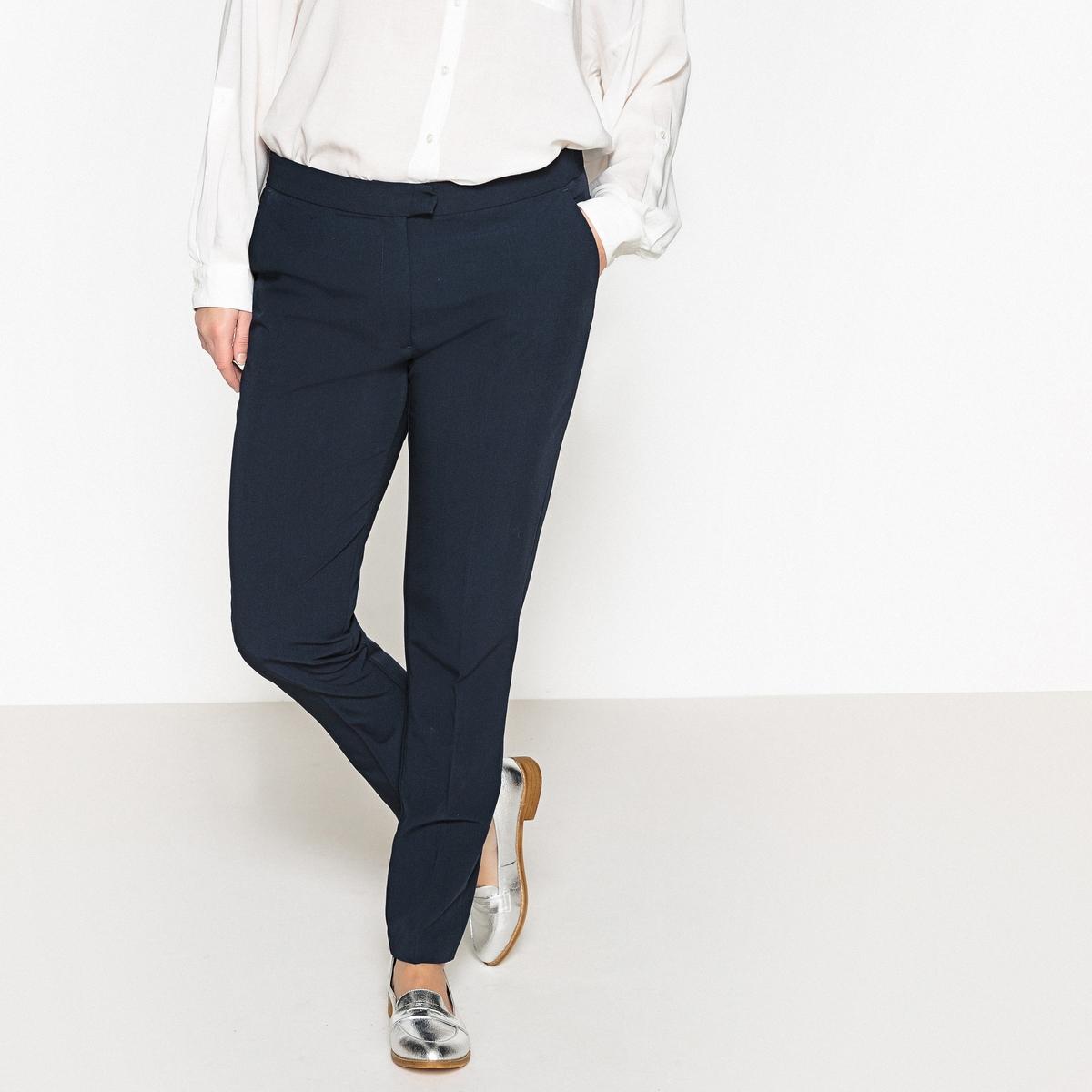 Брюки узкие, дудочкиОписание:Замечательные узкие брюки-дудочки. Неподвластные времени узкие брюки-дудочки - базовый предмет женского гардероба. Детали •  Узкие, дудочки •  Стандартная высота поясаСостав и уход •  74% полиэстера, 20% вискозы, 6% эластана •  Температура стирки 30° на деликатном режиме •  Сухая чистка и отбеливание запрещены •  Не использовать барабанную сушку •  Низкая температура глажкиТовар из коллекции больших размеров •  Длина по внутр.шву 78 см, ширина по низу 19 см<br><br>Цвет: синий морской<br>Размер: 58 (FR) - 64 (RUS).46 (FR) - 52 (RUS)