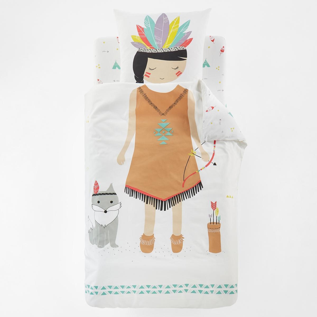 Пододеяльник с рисунком ANOUKОписание:Пододеяльник с рисунком, 100% хлопок, ANOUK. Какая девочка не мечтает стать маленькой индейкой с длинной косой и цветными перьями. Очаровательное постельное белье!   Характеристики пододеяльника ANOUK :Набивной рисунок индейка на белом фоне на лицевой стороне, мелкий рисунок с индейскими мотивами на белом фоне на оборотной сторонеКлапан для заправки под матрас100% хлопок, 57 нитей/см? (Чем больше количество нитей/см?, тем выше качество ткани)Легкость ухода.   Машинная стирка при 60°Для создания полного персонажа маленькой индейки, откройте для себя коллекцию постельного белья Anouk из 100% хлопка с рисунком на сайте  laredoute.ru Знак Oeko-Tex® гарантирует, что товары прошли проверку и были изготовлены без применения вредных для здоровья человека веществ Размеры :140 x 200 см<br><br>Цвет: рисунок разноцветный