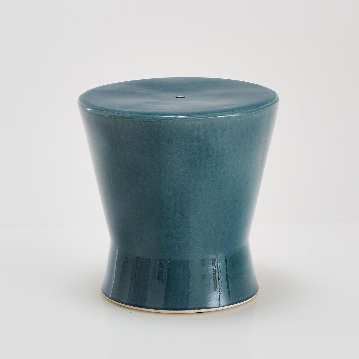 Столик журнальный или прикроватный из керамики, AmibiСтолик журнальный или прикроватный из керамики Amibi . Выберите декоративную модель из эмалированной керамики Amibi в аутентичном строгом стиле, которая может служить вспомогательным или прикроватным столиком   . Характеристики столика Amibi   :Эмалированная керамика.Размеры столика Amibi :Общие Диаметр : 40 смВысота : 40 смДругие предметы декора - в коллекции на сайте laredoute..Размеры и вес ящика :1 упаковка50 x 53 x 51 см9 кгДоставка :Столик Amibi будет доставлен до вашей квартиры !Внимание ! Убедитесь, что посылку возможно доставить на дом, учитывая ее габариты.:..<br><br>Цвет: бирюзовый<br>Размер: единый размер