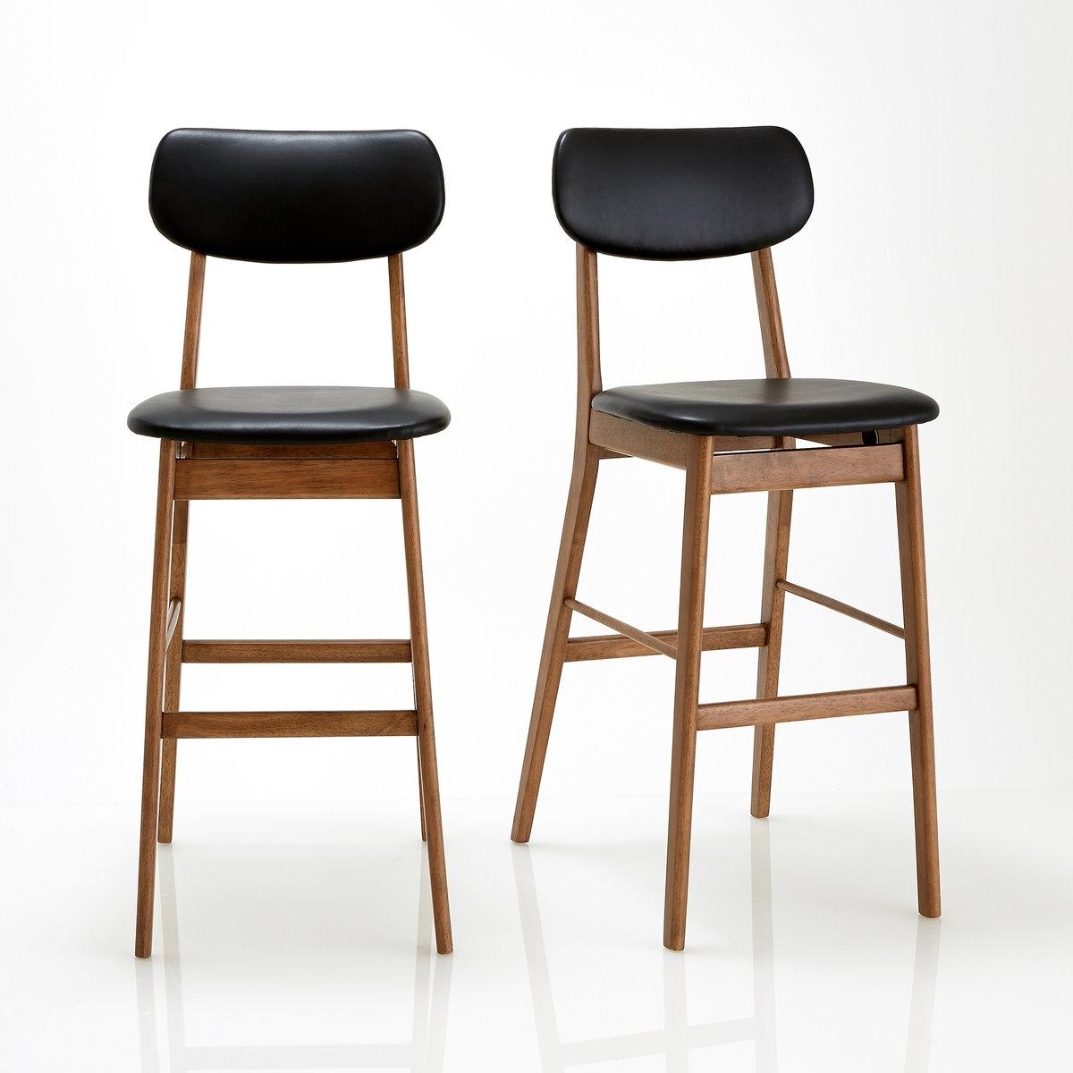 2 стула барных, WATFORD2 стула в винтажном стиле  Watford. Благодаря своему лёгкому силуэту и графичному стилю эти барные стулья Watford будут к месту как на кухне, так и в кабинете.Характеристики барного стула Watford :Основа из гевеи с ореховым покрытием и нитроцеллюлозной лакировкой.Набивные сиденье и спинка с наполнителем из пенополиэфира, обитые искусственной кожей из полиуретана чёрного цвета .Для оптимального качества и устойчивости рекомендуется надежно затянуть болты. Найдите другие стулья и мебель из коллекции Watford на нашем сайте laredoute.ruРазмеры барного стула Watford :Общие :Ширина : 44,5 см.Высота : 110 см.Глубина : 61 см.Сиденье :Д44 x В76 x Г45 смРазмеры и вес ящика :1 упаковка на 2 стула Ш120 x В28 x Г50 см, 17 кгДоставка на дом :Барные стулья Watford продаются в разобранном виде. Возможна доставка до квартиры по предварительному согласованию !Внимание ! Убедитесь, что дверные, лестничные и лифтовые проемы позволяют осущетвить доставку коробки таких габаритов.<br><br>Цвет: черный