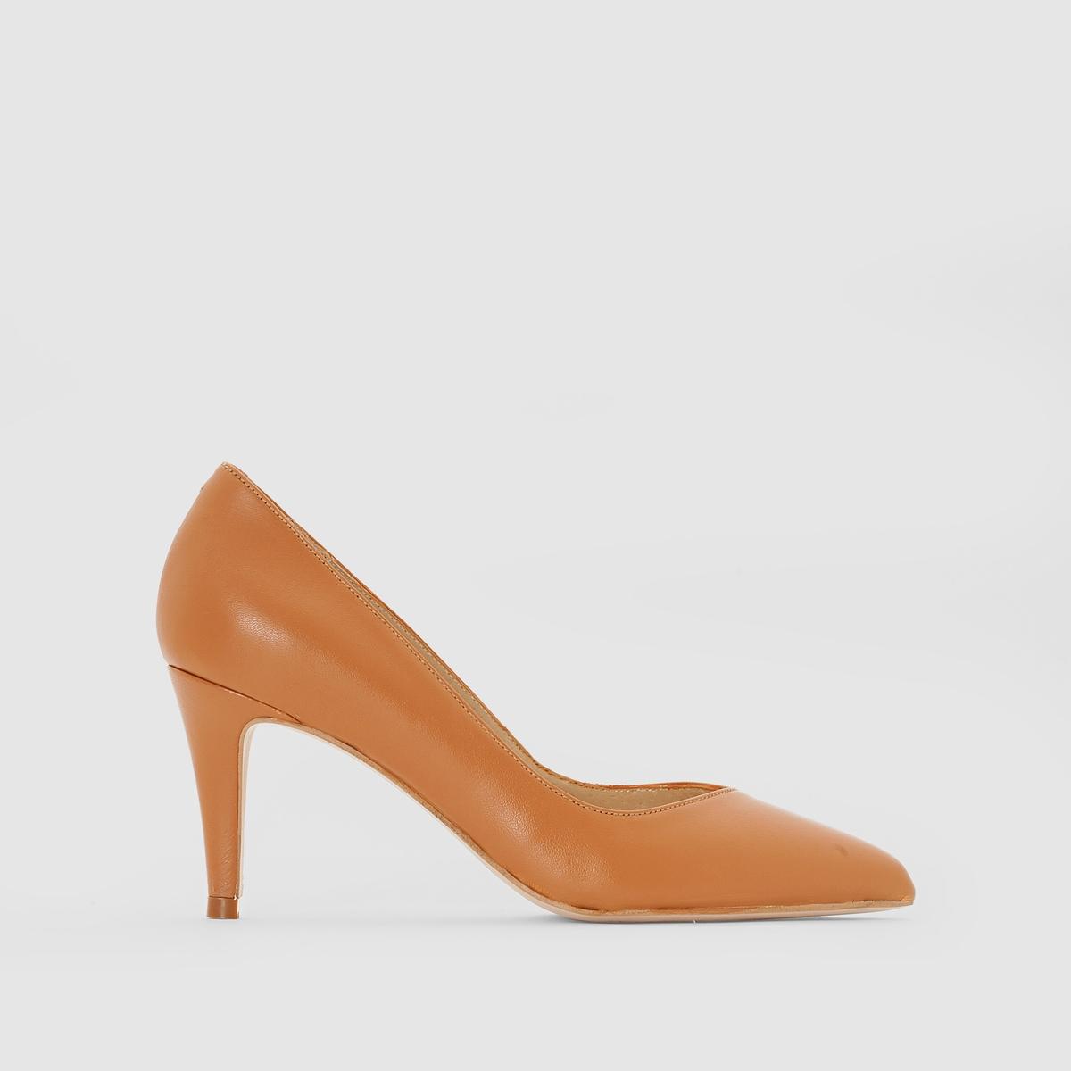 Туфли кожаные на каблуке, ALAINПодкладка: Кожа.Стелька: Кожа.  Подошва: Эластомер.       Форма каблука: Шпилька.Мысок: Острый.        Застежка: Без застежки.<br><br>Цвет: темно-бежевый<br>Размер: 40