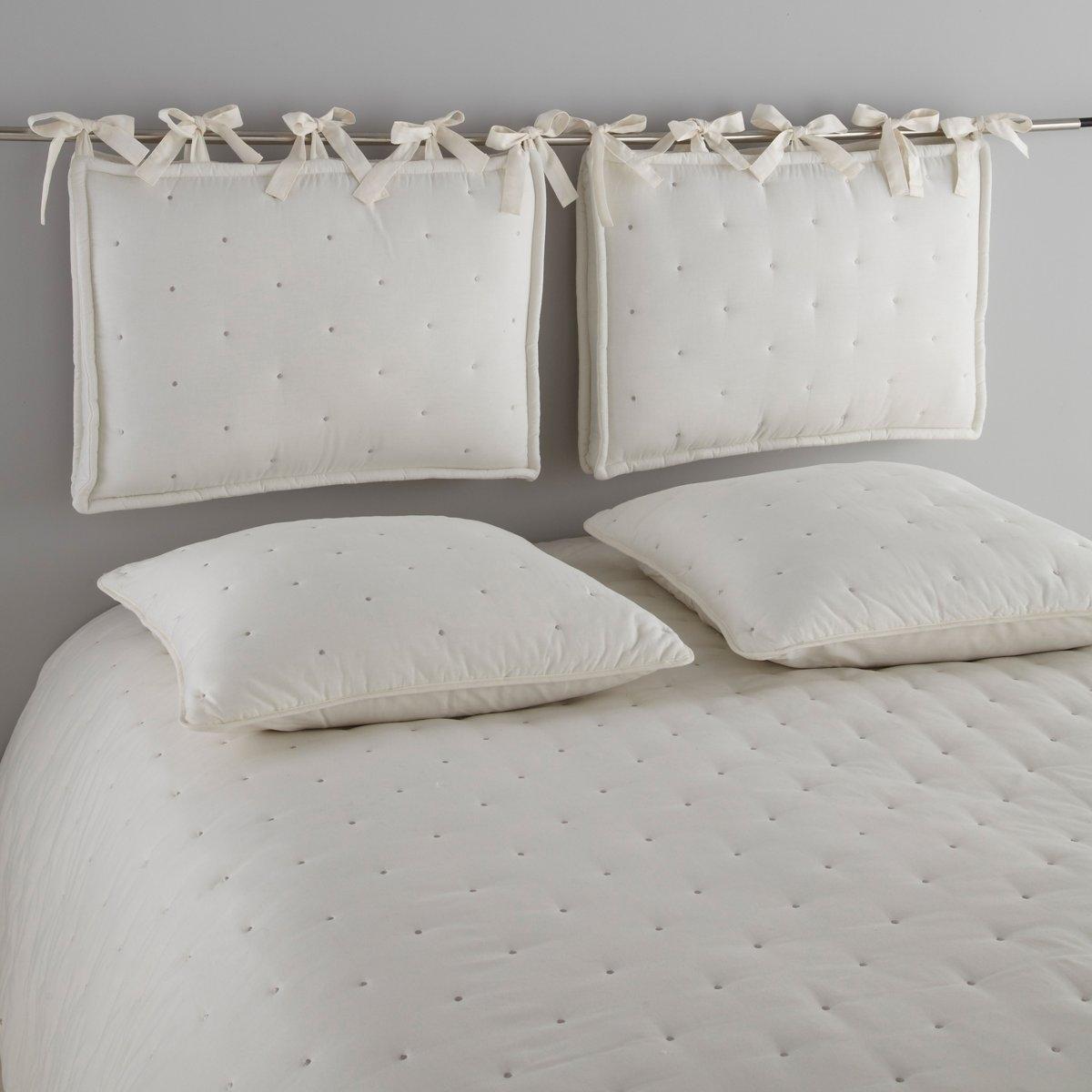 Подушка для изголовья кроватиСтеганая подушка для изголовья кровати A?ri. 100% хлопка. Контрастная вышивка кругами. Наполнитель из полиэстера (1100 г/м?). С широкими завязками. Толщина 11 см. Размер: 50 х 70 см.<br><br>Цвет: бледный сине-зеленый,розовая пудра/серо-бежевый,экрю/серо-бежевый