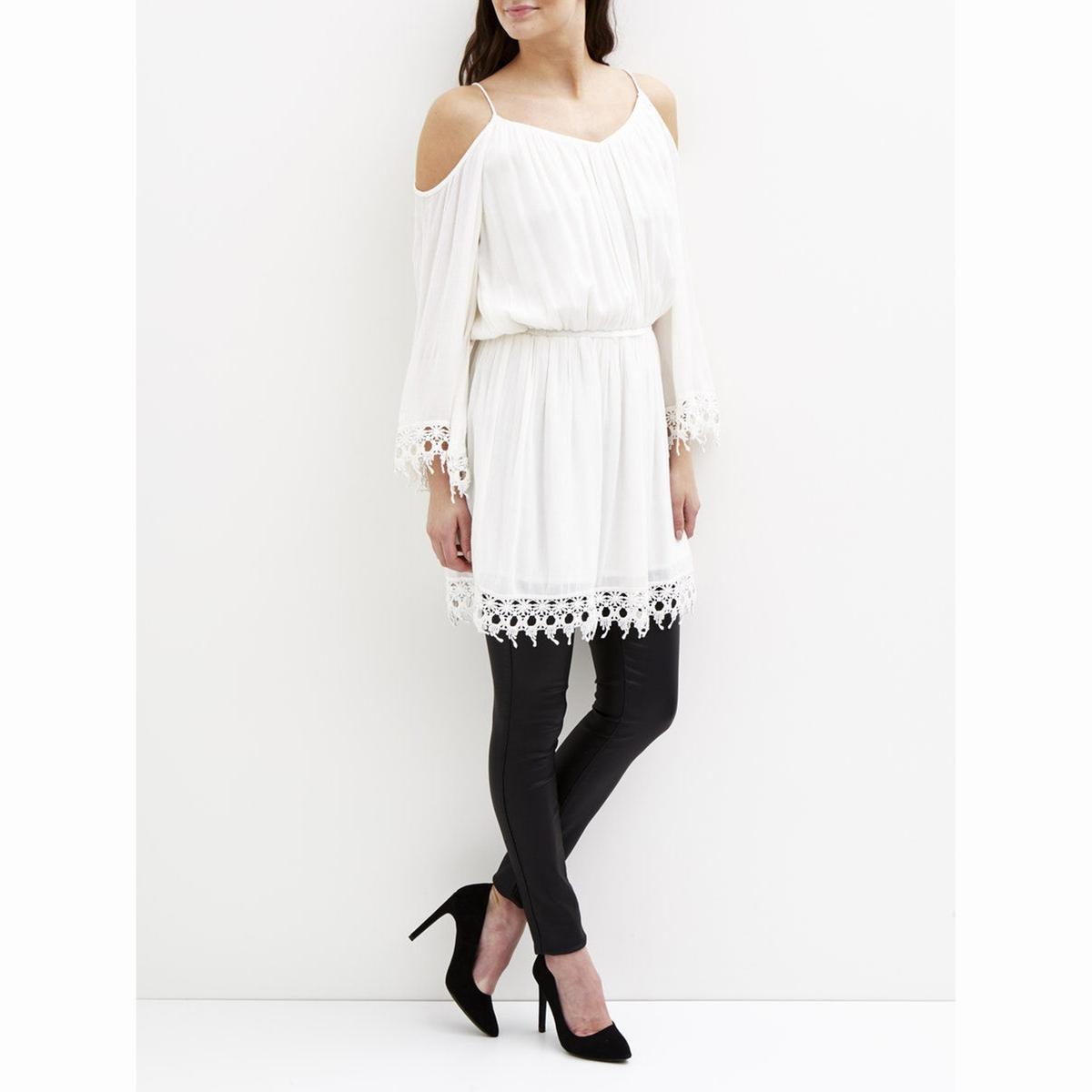 Платье-туникаХарактеристики и описание             Материал      100% вискозы             Марка   VILA<br><br>Цвет: белый<br>Размер: XS
