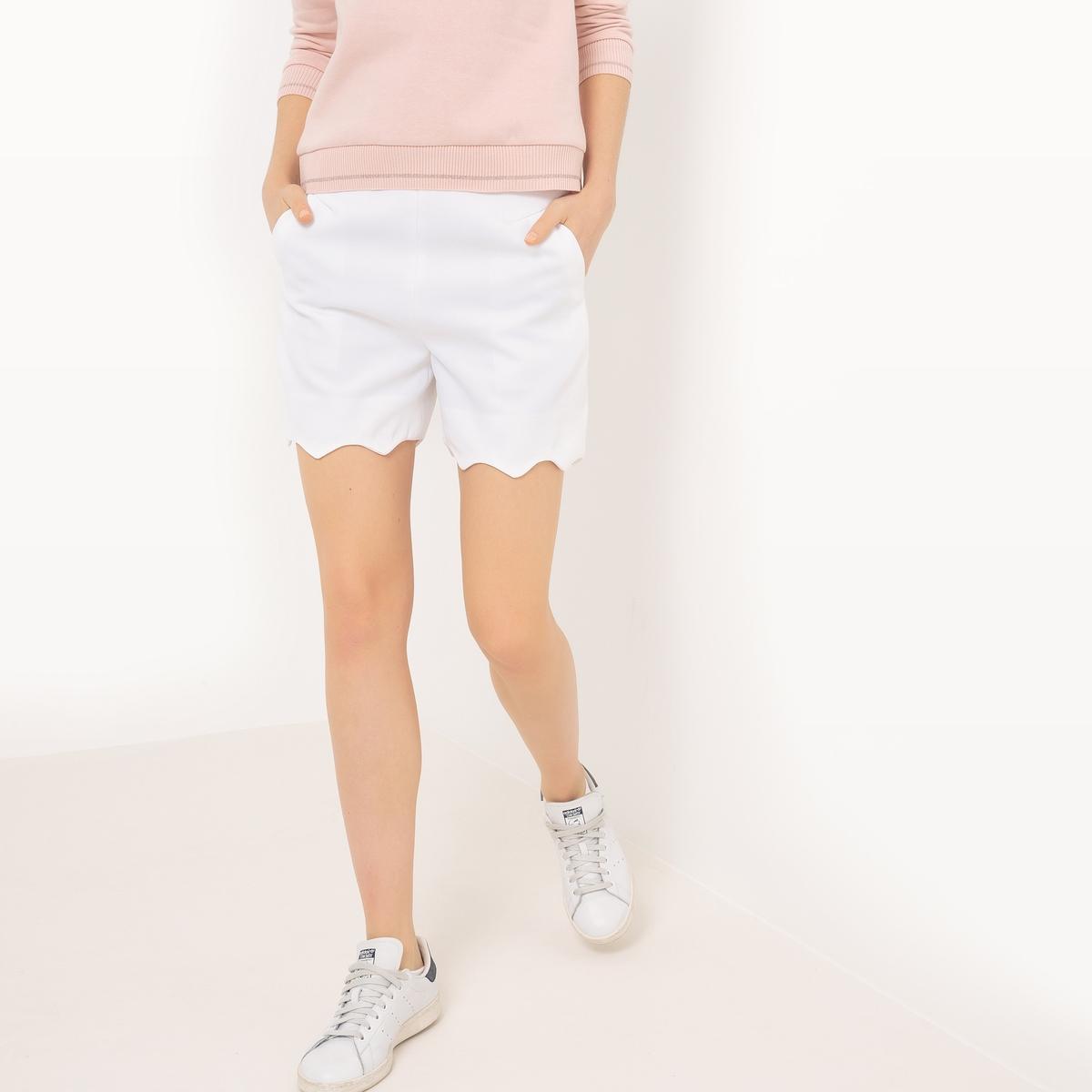 Шорты с вырезом и фестоном - MADEMOISELLE RНевероятно женственные роскошные шорты  Mademoiselle R с красивым вырезом снизу . Состав и описаниеМатериал :  100% полиэстерДетали : фестон Марка : Mademoiselle R.Длина : длина по внутр.шву 37 см Стирка : Машинная стирка при 30 °C с вещами схожих цветовУход : не отбеливать Машинная сушка : запрещенаГлажка : Гладить на низкой температуре<br><br>Цвет: белый,черный<br>Размер: 34 (FR) - 40 (RUS).38 (FR) - 44 (RUS).36 (FR) - 42 (RUS).38 (FR) - 44 (RUS)
