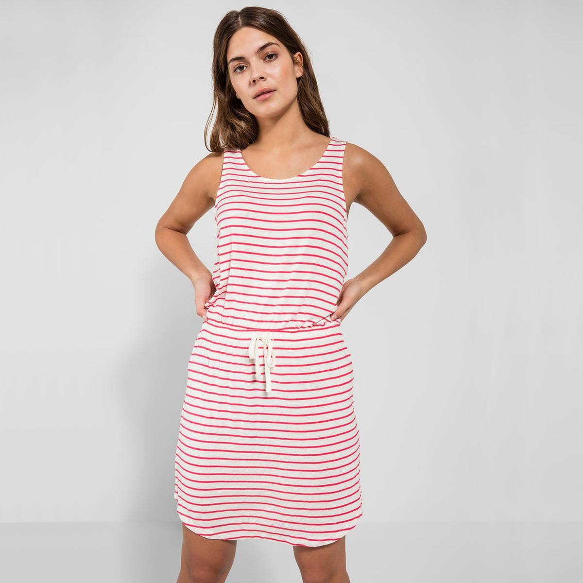 Платье короткое облегающее, без рукавов