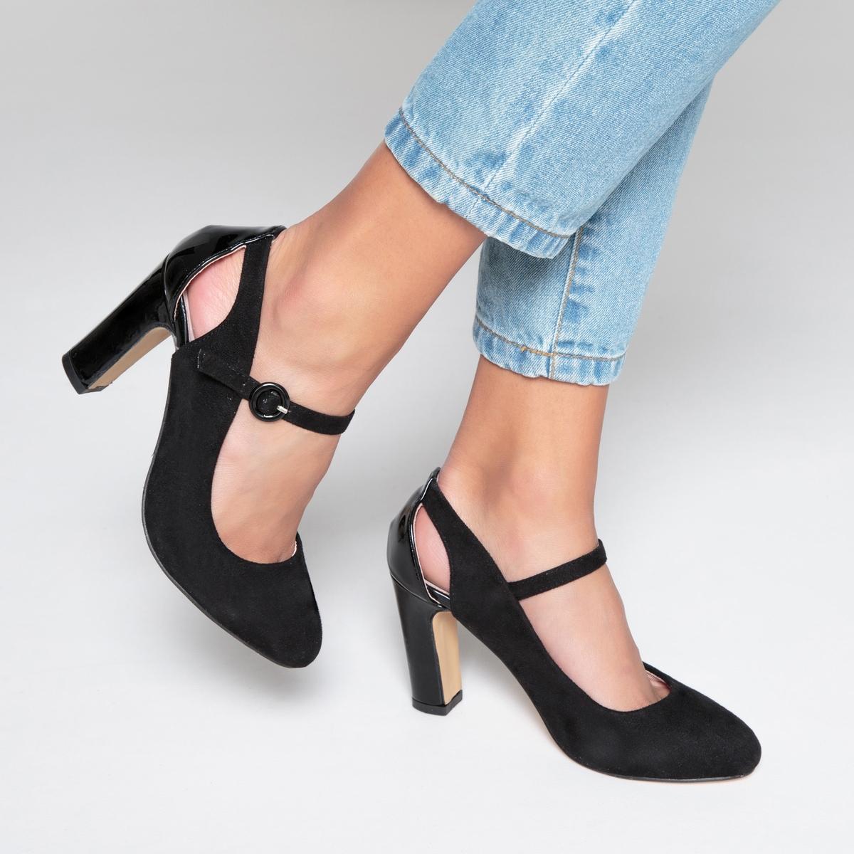 Туфли с ажурным дизайном