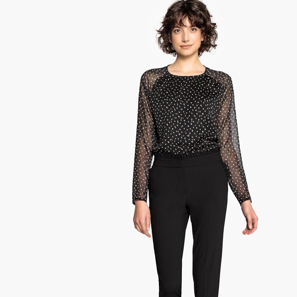 Блузка с рисунком в горошек и длинными рукавами