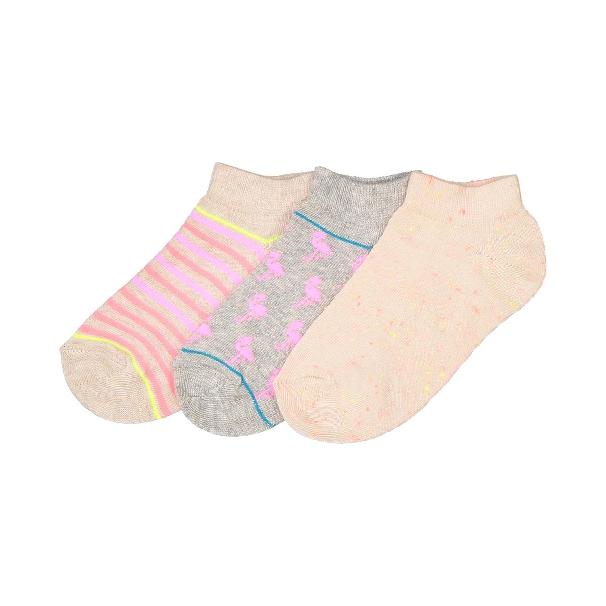 Носки низкие, оригинальные, комплект из 3 парОписание:3 пары носков с красивым рисунком или в цветную полоску, комплект из 3 пар детских носков для ежедневного использования !Состав и описание :Комплект из 3 пар носков : 1 пара носков в полоску и 2 пары носков с мелким рисунком .Состав : 75% хлопка, 24% полиамида, 1% эластанаУход :Машинная стирка при 30 °C на умеренном режиме с вещами схожих цветов.Машинная сушка запрещена.Не гладить.<br><br>Цвет: набивной рисунок<br>Размер: 19/22.31/34.27/30.35/38