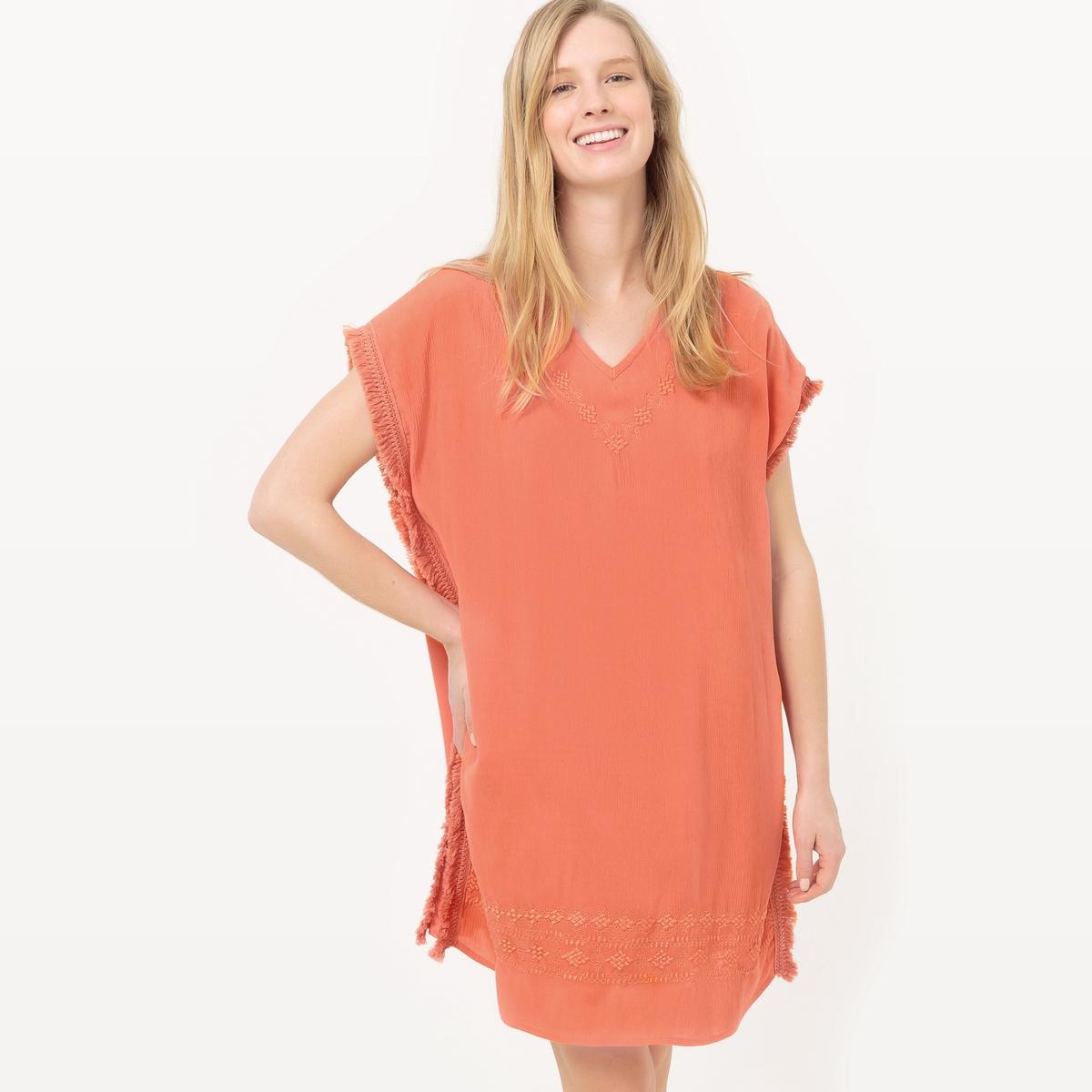 Платье короткое, без рукавов, однотонное