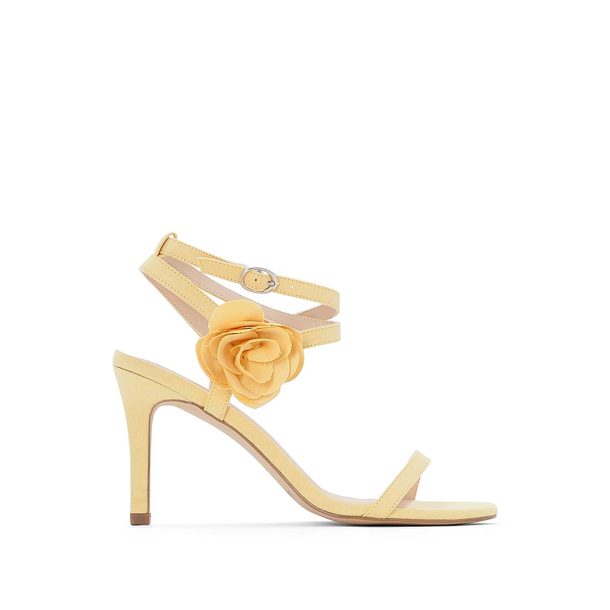 Sandálias em sintético