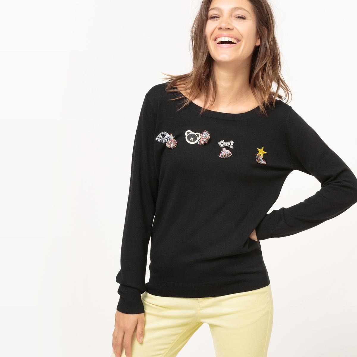 Пуловер с длинными рукавами и вышитым рисункомМатериал : 25% вискозы, 75% полиэстера   Длина рукава : длинные рукава  Форма воротника : круглый вырез  Покрой пуловера : стандартный  Рисунок : рисунок спереди<br><br>Цвет: черный