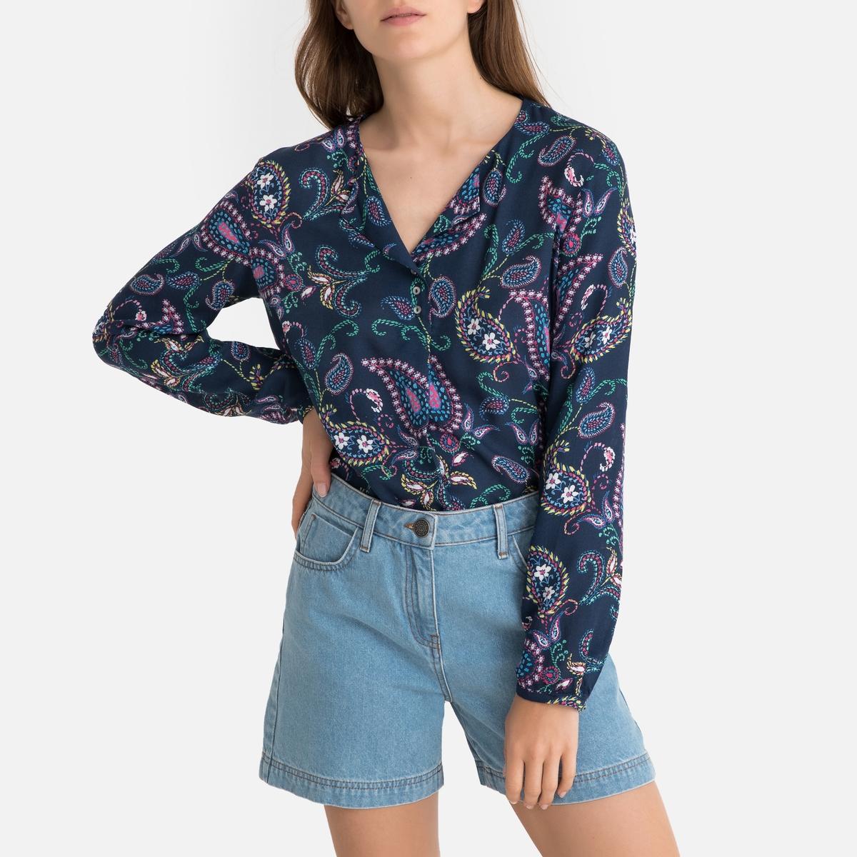 Blusa estampada con cuello de pico