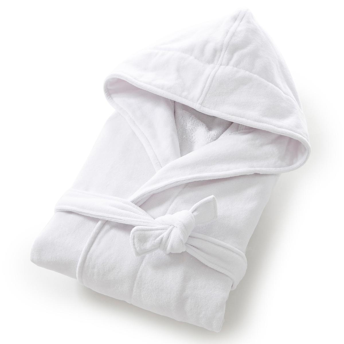 Халат, махровая велюровая ткань, 450 г/м?, качество BestХарактеристики халата с капюшоном из махровой ткани :Высококачественная махровая ткань, 100% хлопок, 450 г/м?.Махровая ткань букле внутри, мягкая и шелковистая махровая велюровая ткань снаружи.Капюшон, рукава реглан, 2 кармана с прострочкой, пояс со шлевками.Длина 110-113 см.Материал долго сохраняет мягкость и прочность. Превосходная стойкость цвета после стирки при 60 °C.Машинная сушка.<br><br>Цвет: белый,розовая пудра,синий морской