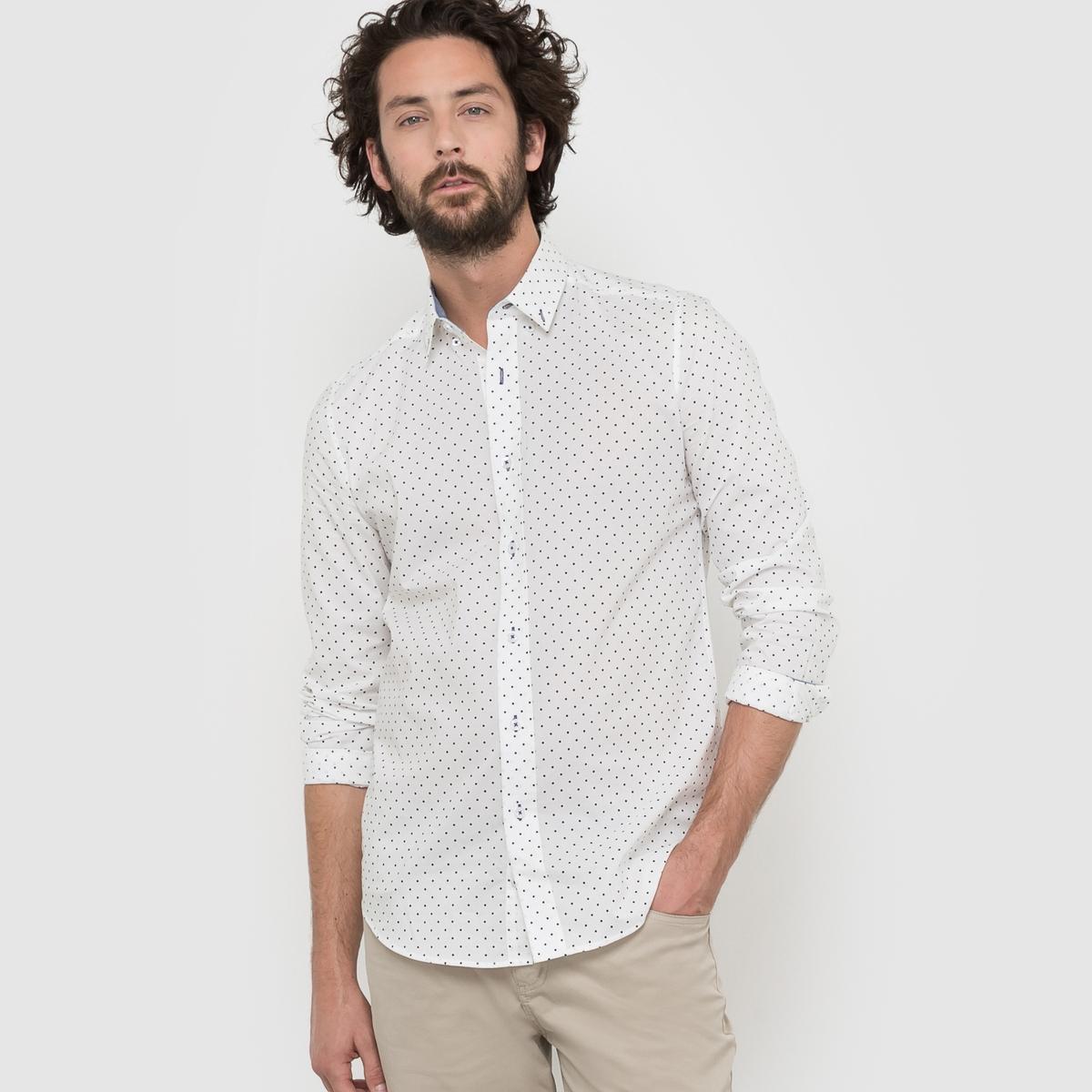 Рубашка узкого покроя с рисунком с длинными рукавамиРубашка с рисунком в горошек. Узкий покрой, воротник с уголками на пуговицах. Оригинальные вставки. Низ рукавов с застежкой на пуговицы. Слегка закругленный низ. Состав и описаниеМатериал : 55% хлопка, 45% полиэстераМарка :      R ?ditionУходМашинная стирка при 30 °CСтирать с вещами схожих цветовГладить с изнаночной стороны.<br><br>Цвет: в горошек
