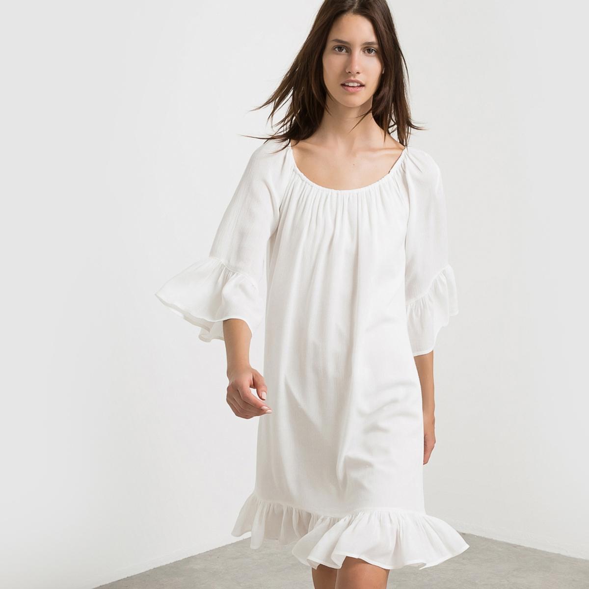 Платье из струящейся вуали, рукава 3/4 VITOLA DRESSПлатье из струящейся вуали VITOLA DRESS . Рукава 3/4, манжеты в форме тюльпана. Низ с воланом в духе чарльстона. Круглый вырез со складками. Состав и описание :Материал : 100% вискозы<br><br>Цвет: белый