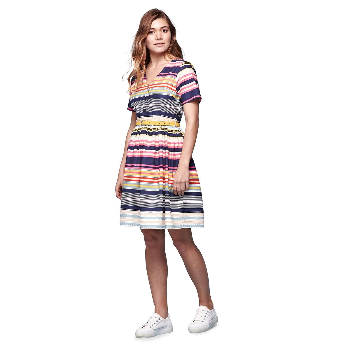 Платье расклешенное в разноцветную полоскуМатериал : 100% хлопок  Длина рукава : короткие рукава  Форма воротника : V-образный вырез Покрой платья : расклешенное платье Рисунок : в полоску   Длина платья : короткое<br><br>Цвет: разноцветный